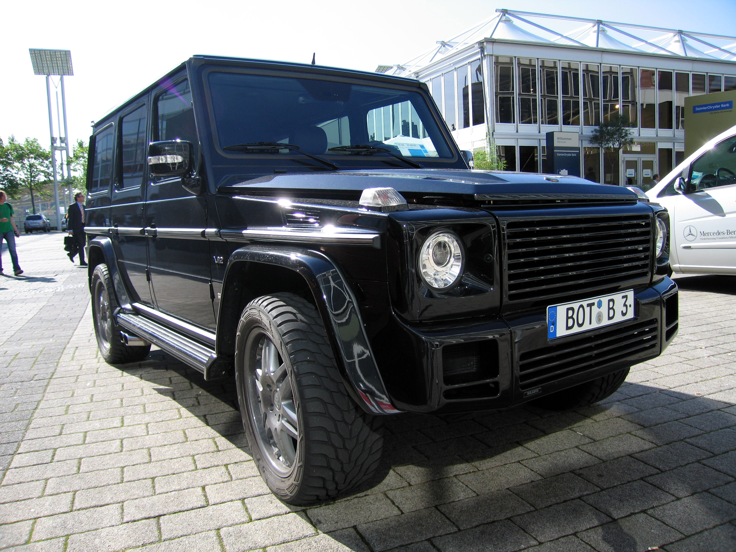 Mercedes-Benz G-Class - Wikipedia, the free encyclopedia