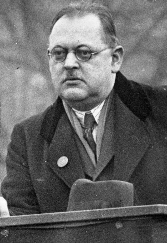 Bundesarchiv Bild 102-11411, Hermann Müller.jpg
