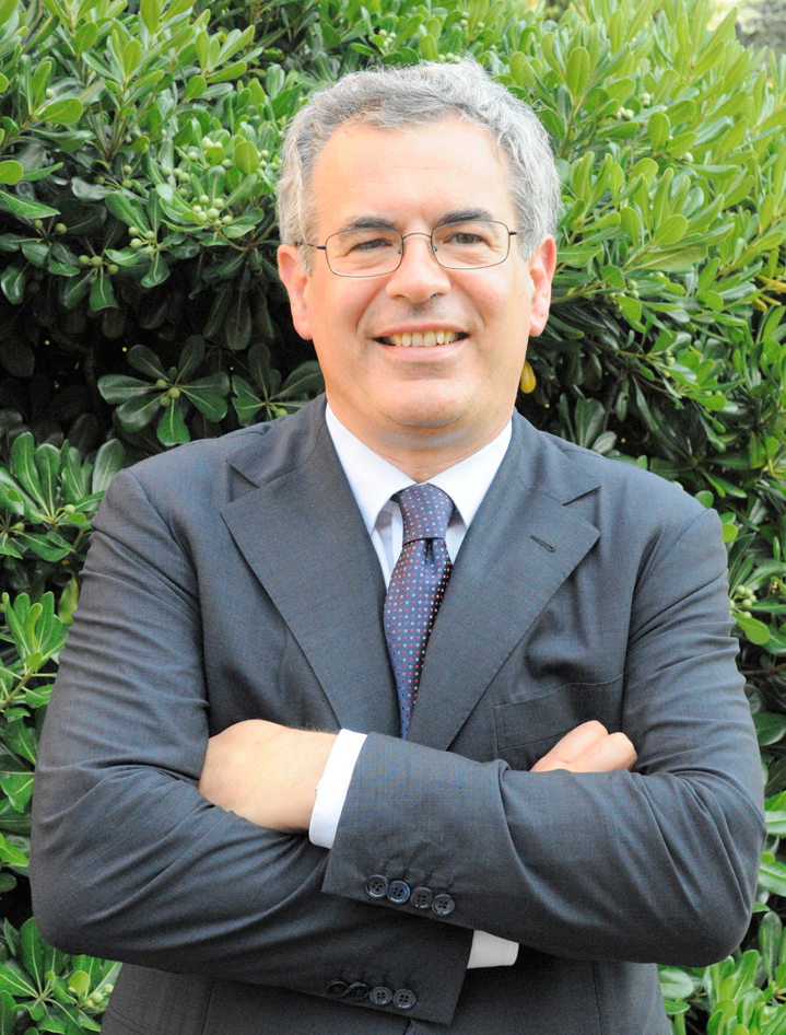 Carlo Carraro - Wikipedia 6c6023b7a9d9