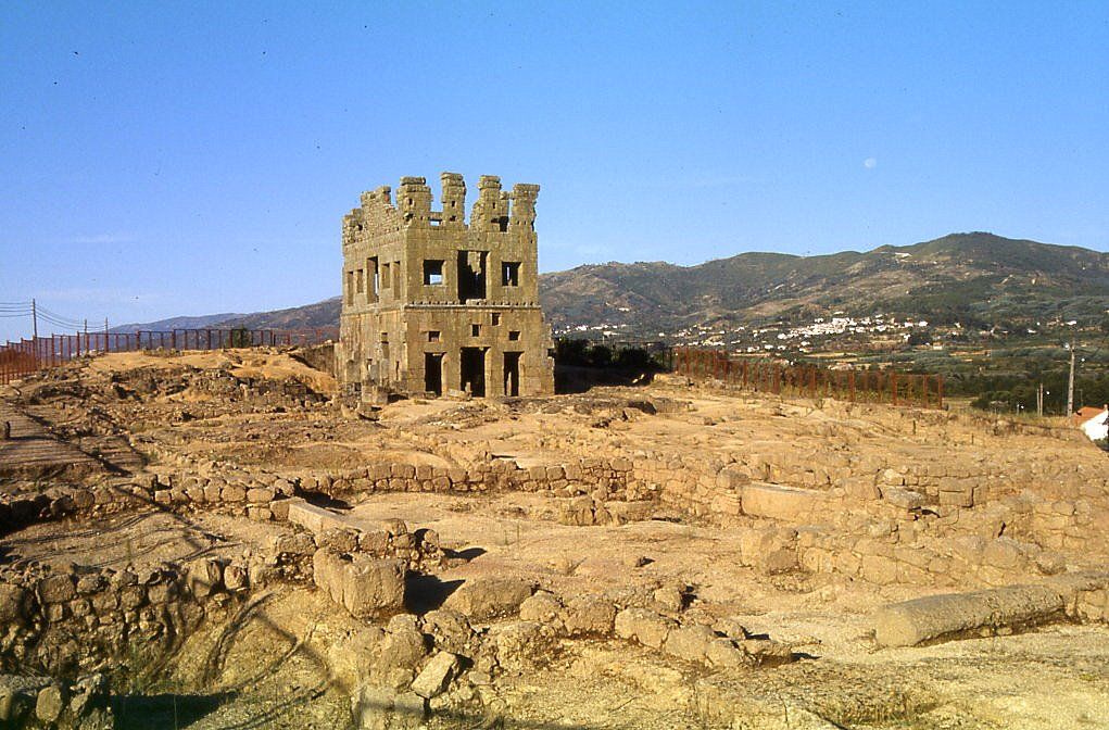 Tower of [[Centum Cellas