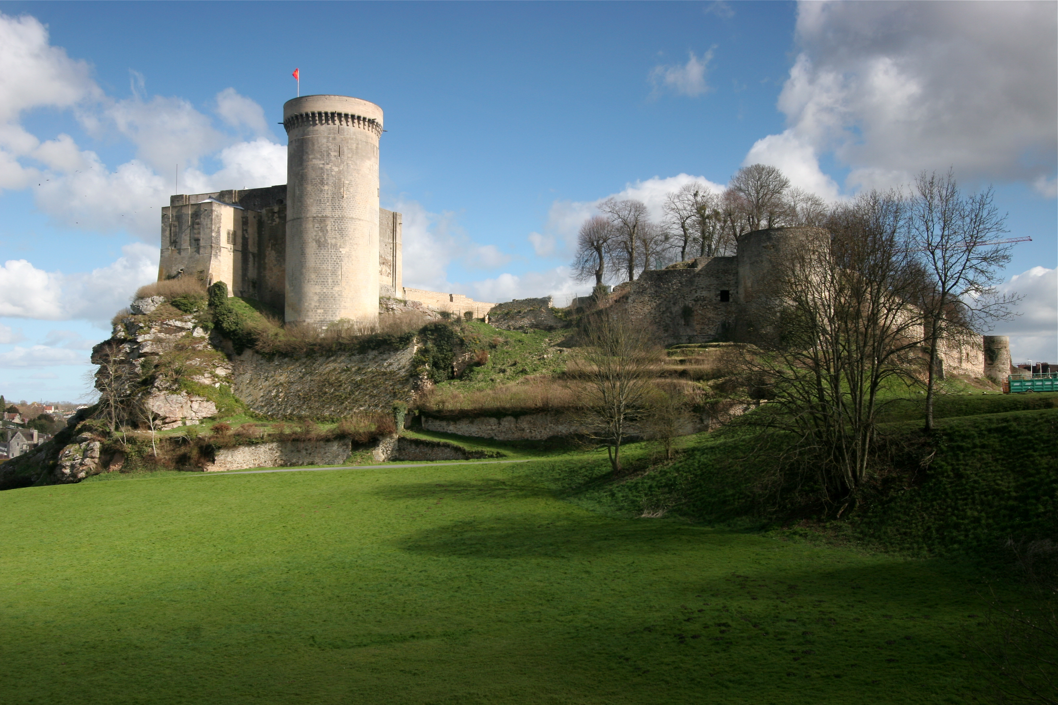 File chateau falaise wikimedia commons - Horaire de la piscine de falaise ...