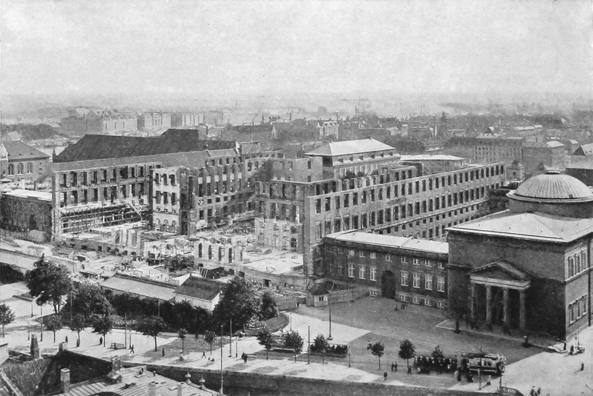 File:Christiansborg 1908-2.jpg - Wikimedia Commons