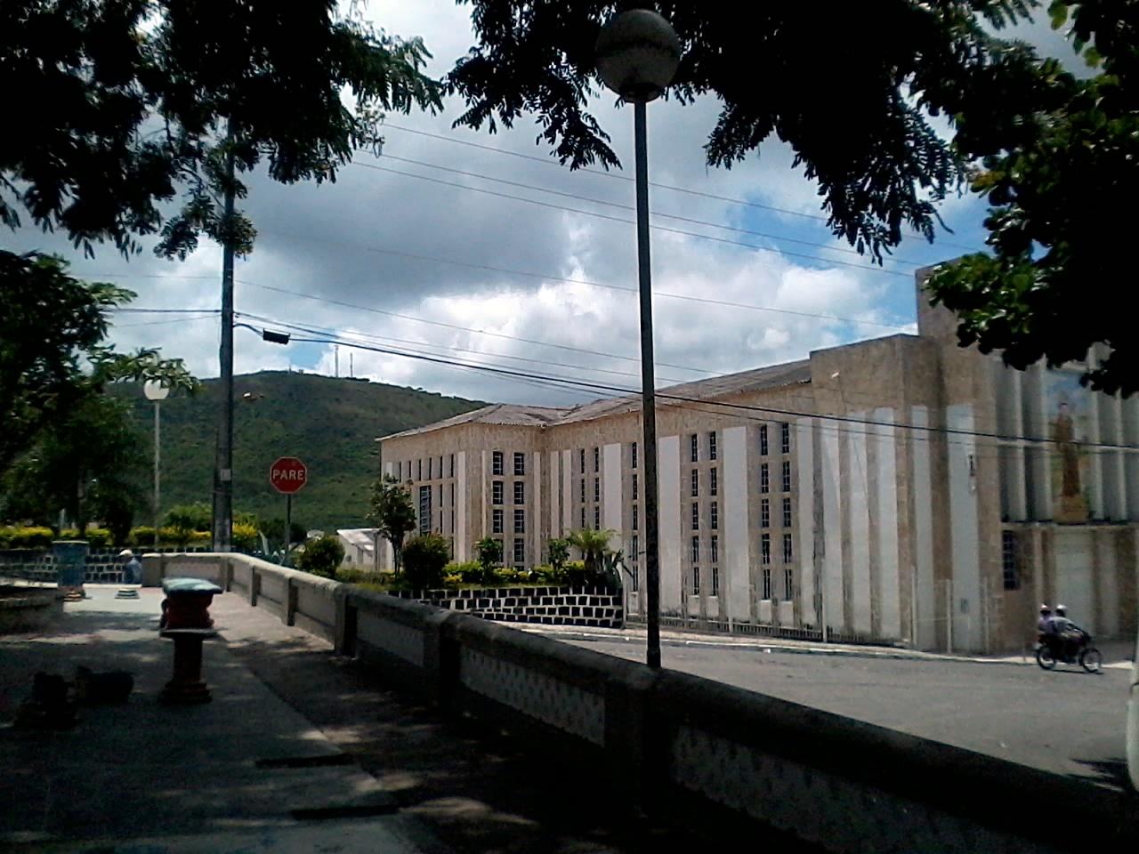 Campo Formoso Bahia fonte: upload.wikimedia.org