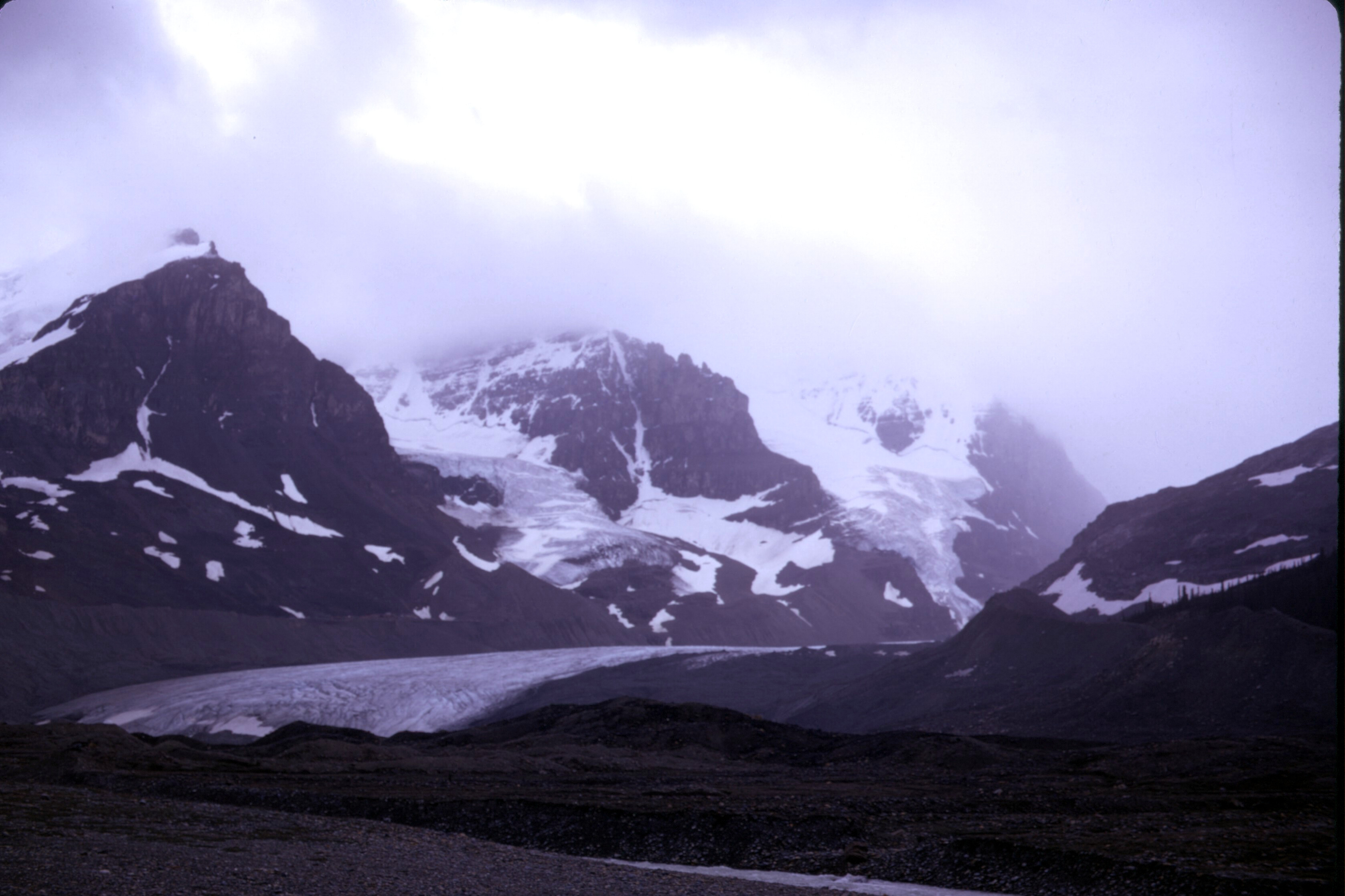 File:Columbia Ice Field, August 1974 03.jpg - Wikimedia