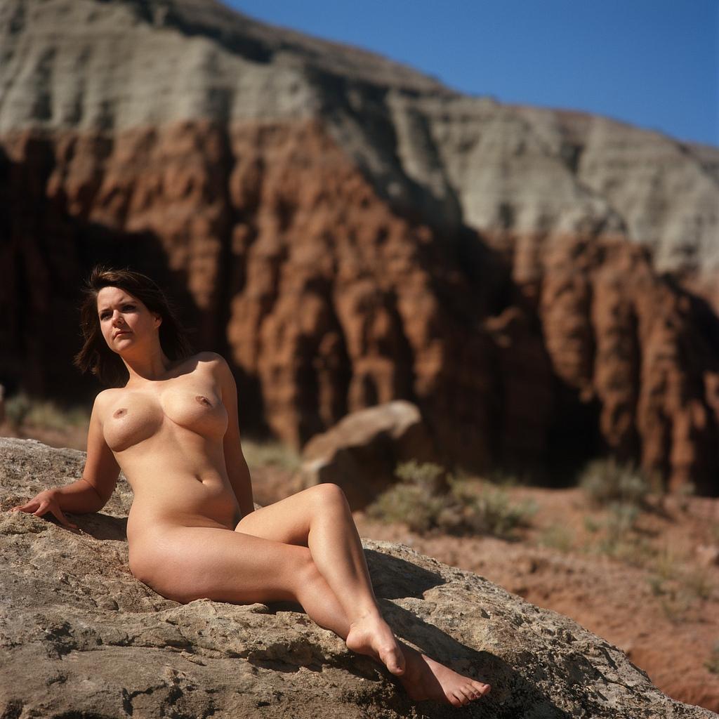 Nude normal