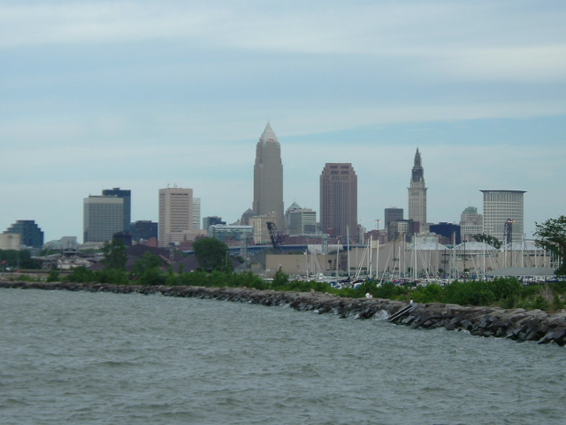 Downtown Cleveland from Edgewater State Park.jpg