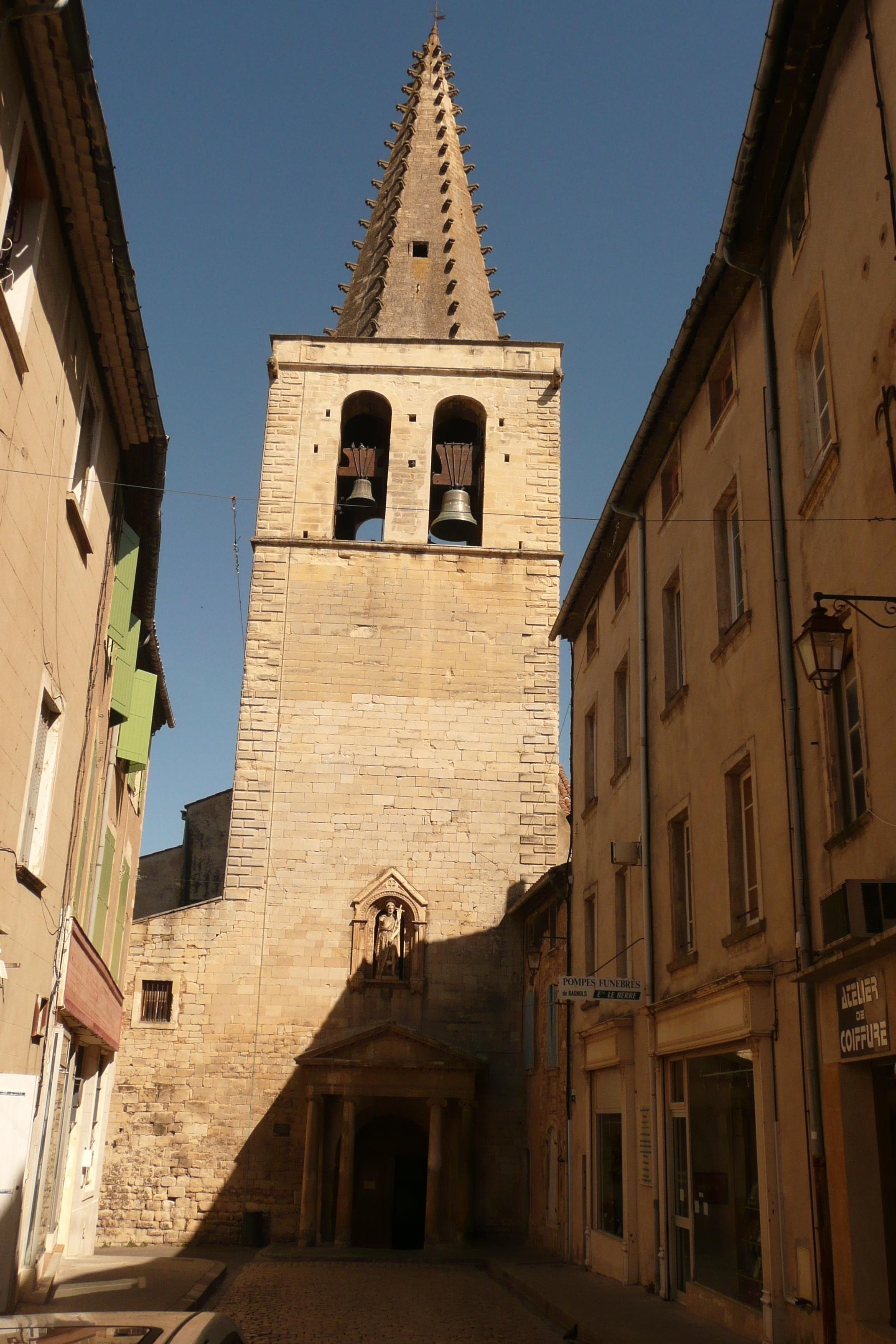 File Eglise Bagnols Sur C Ze Jpg Wikimedia Commons