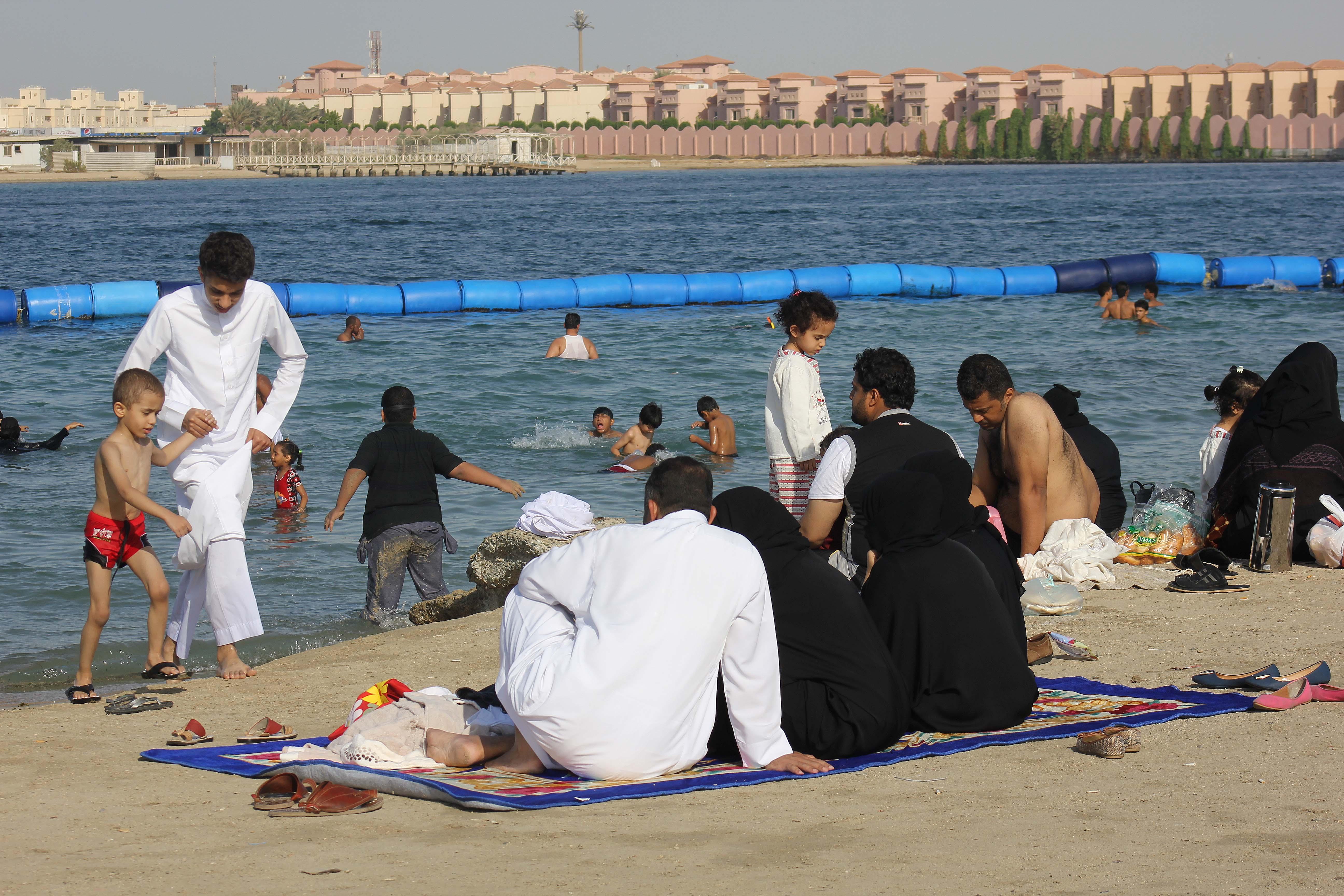 File:Eid alAdha 2103-1434 Jeddah (10326608524).jpg
