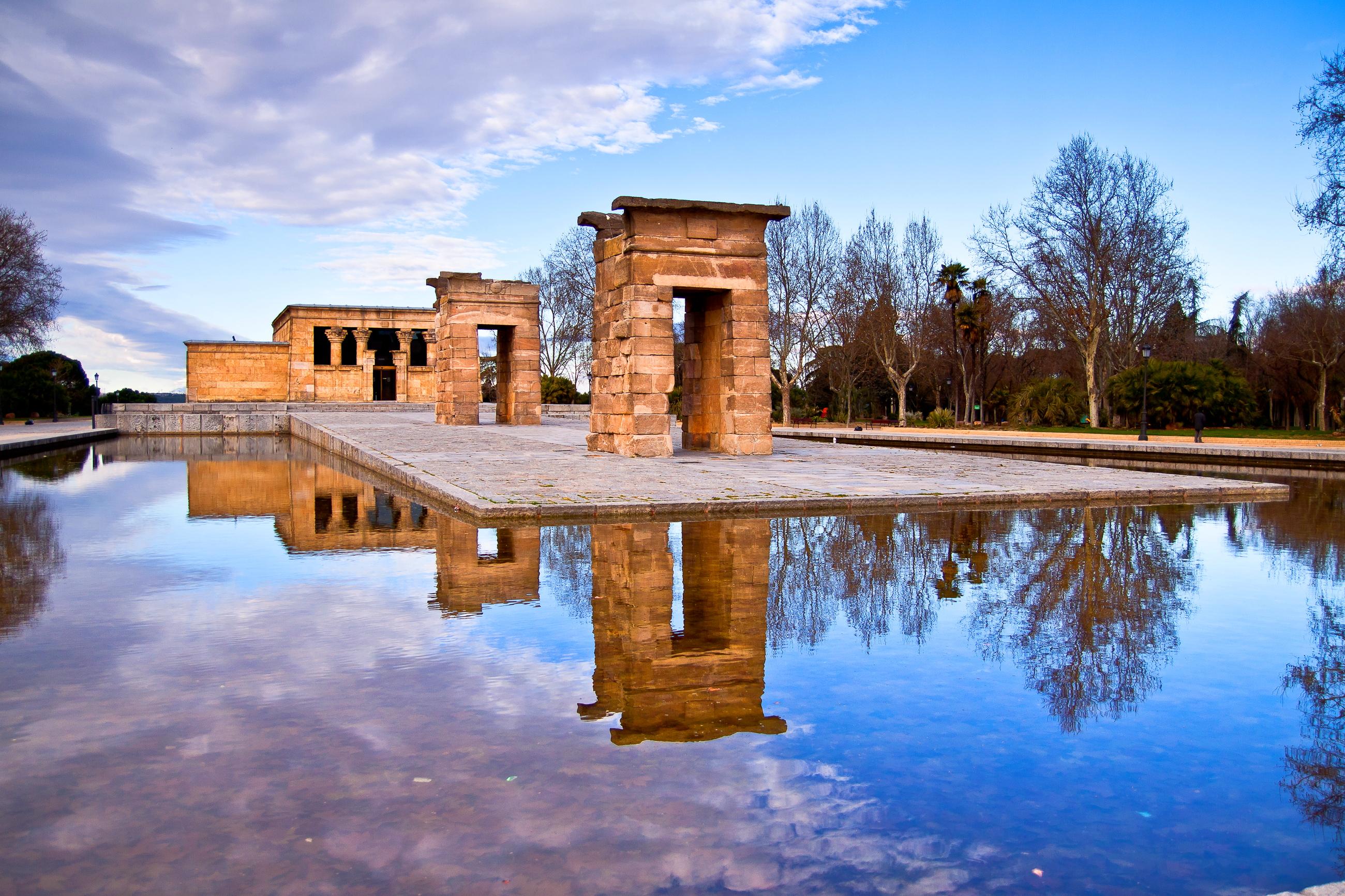 File:El Templo de Debod.JPG
