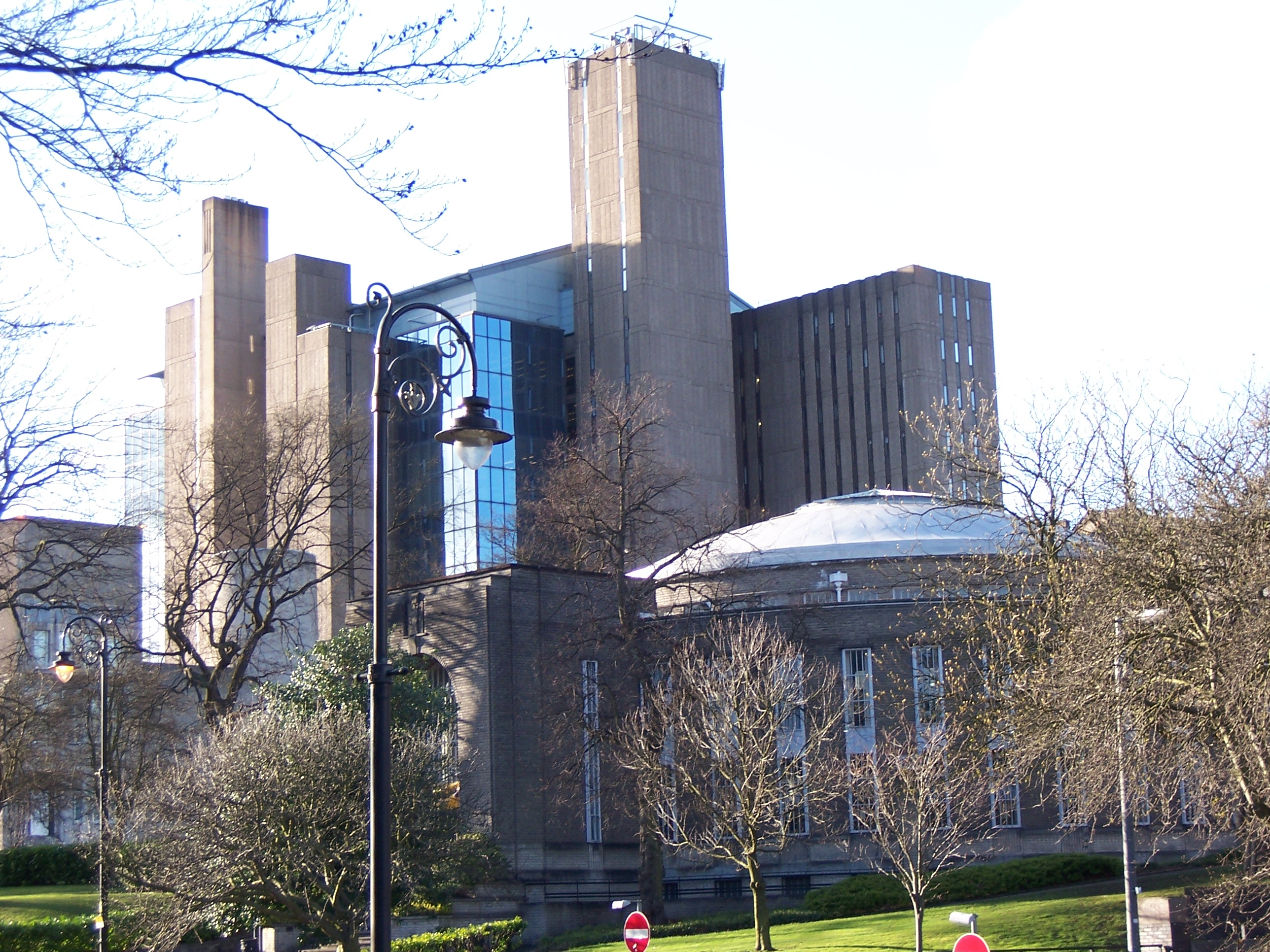 Glasgow university sports building main campus