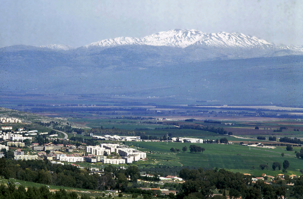 Hatzor Haglilit Israel  city images : Hula Valley and Mount Hermon Wikipedia, the free ...