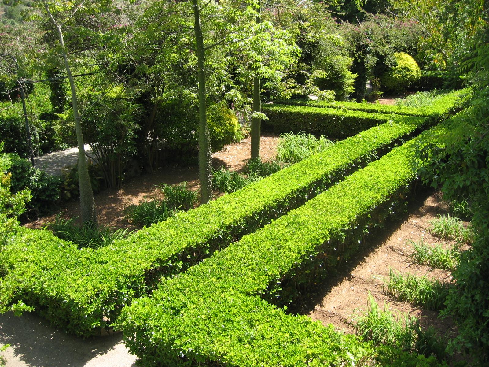 File jardins d 39 alf bia setos wikimedia - Setos de jardin ...