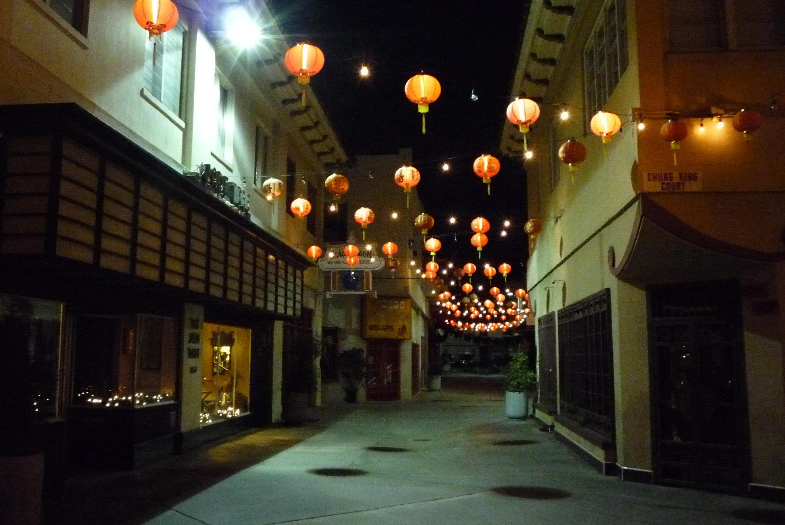 Los Angeles Chinatown - panoramio - Colin W (4).jpg