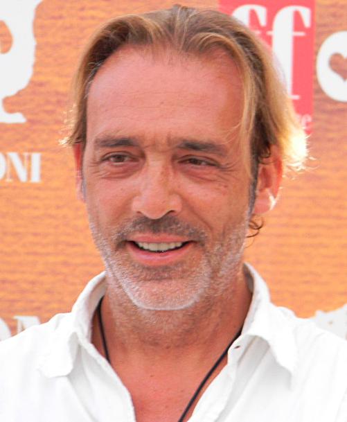 Luca Ward - Wikipedia