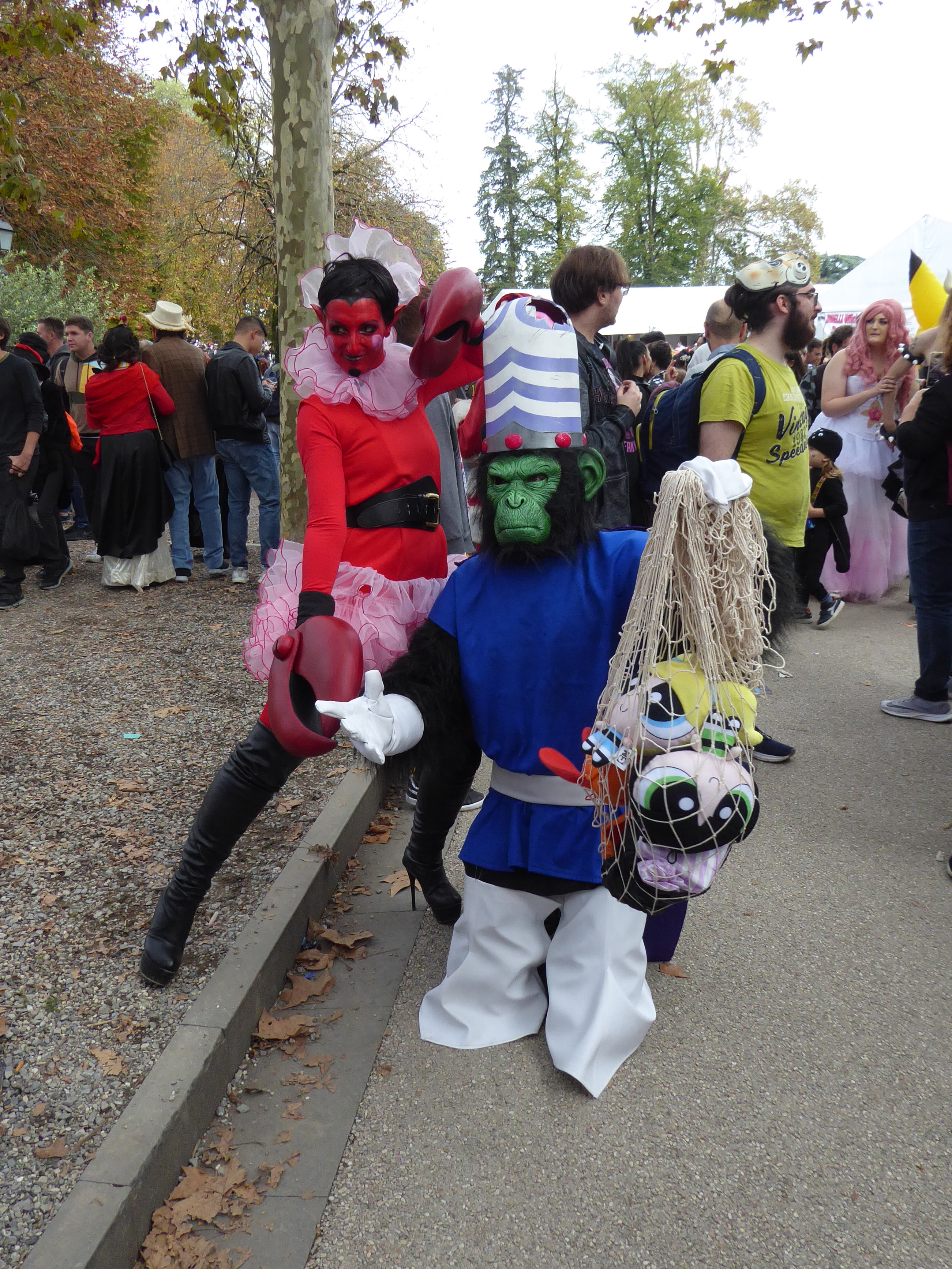 Superchicche English: Lucca Comics & Games 2019 - Cosplay of Mojo Jojo and Him from The Powerpuff Girls Date 1 November 2019, 16:03:09 Source Own work Author