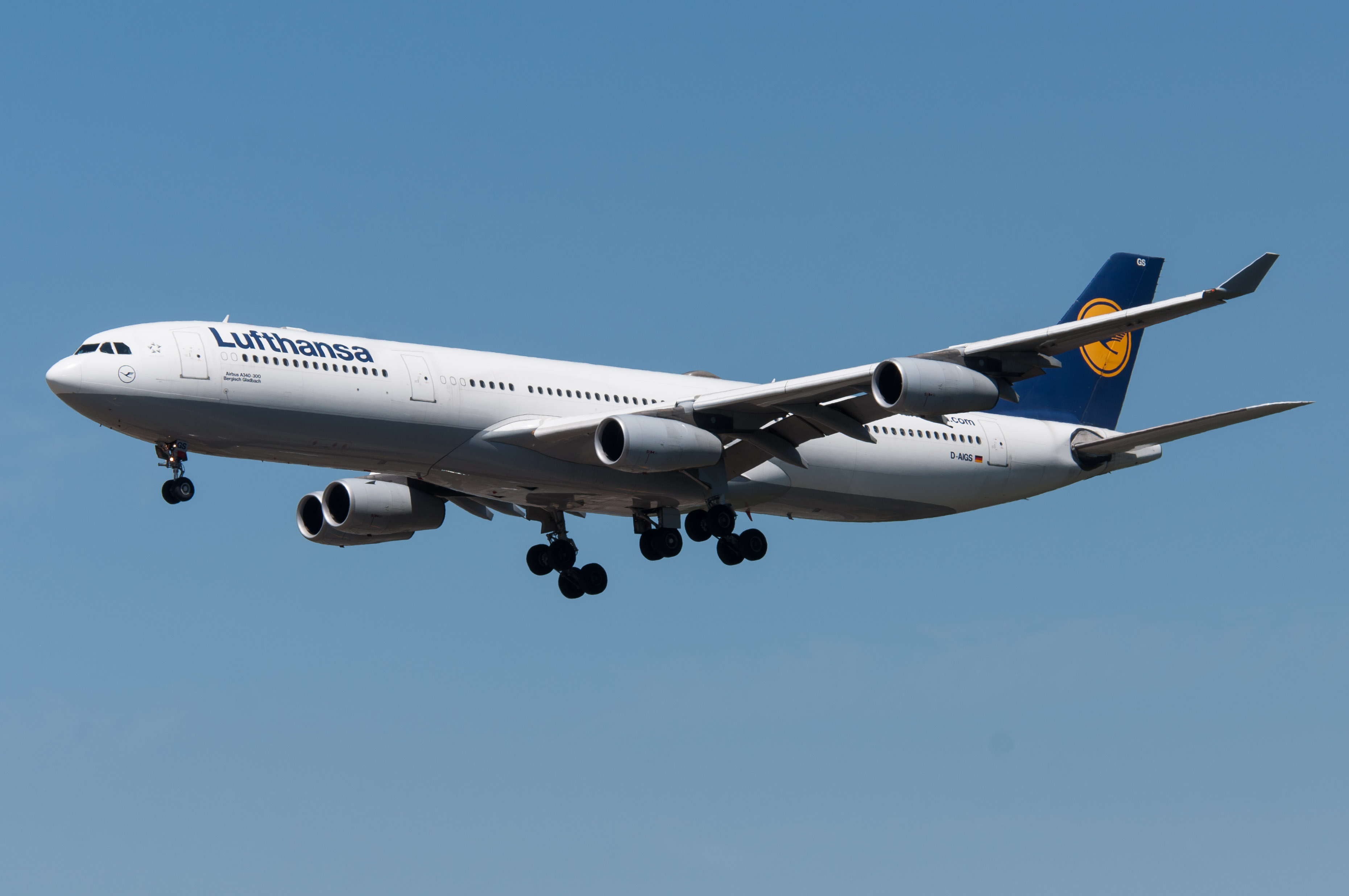 file lufthansa airbus a340 313 d wikipedia. Black Bedroom Furniture Sets. Home Design Ideas