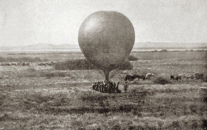 File:Magersfontein Observation Balloon.jpg