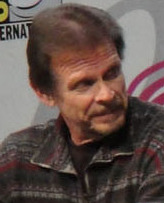 Marc Singer at Wondercon (cropped).jpg
