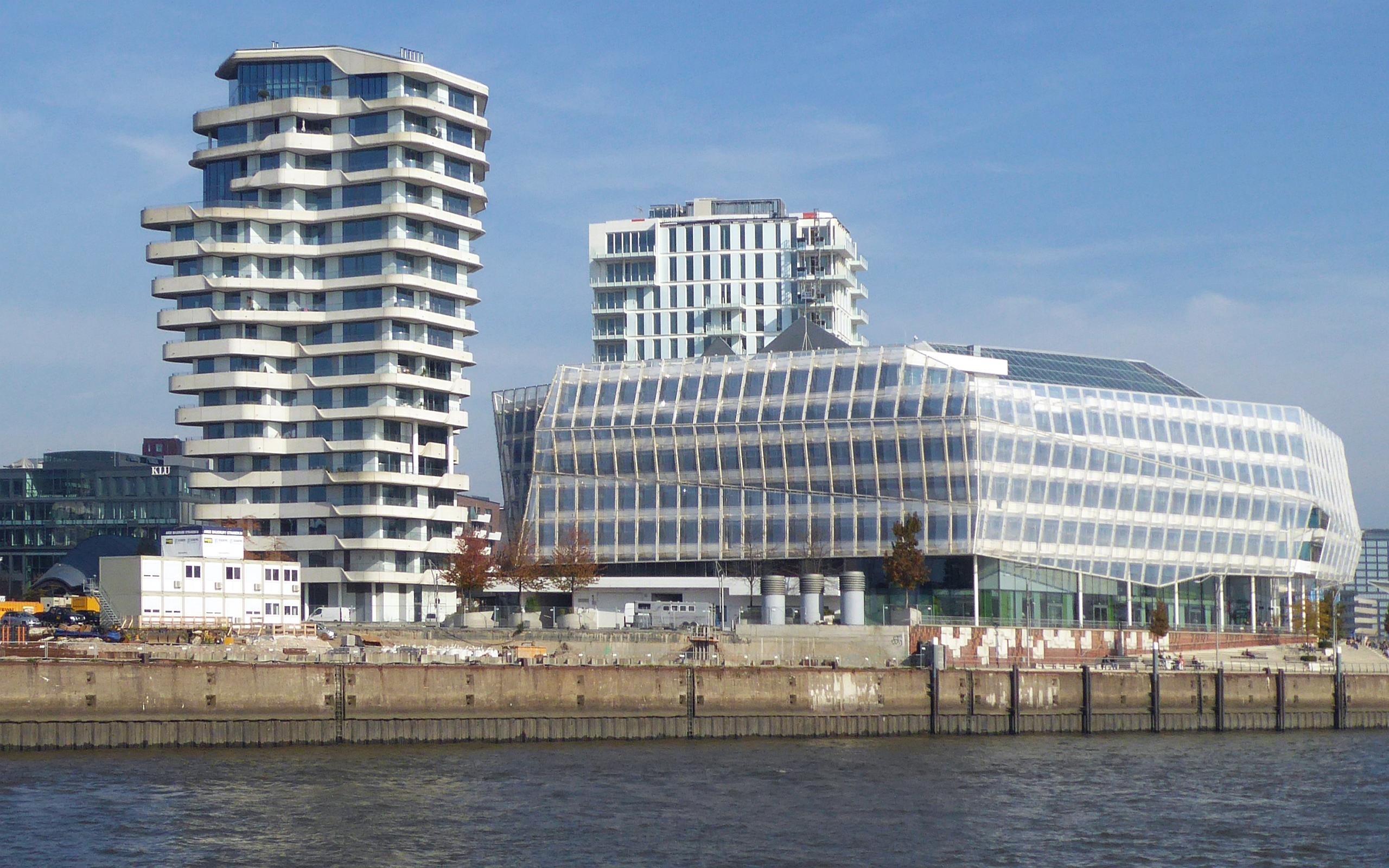Datei:Marco-Polo-Center und Unilever Haus am Strandhafen der ...