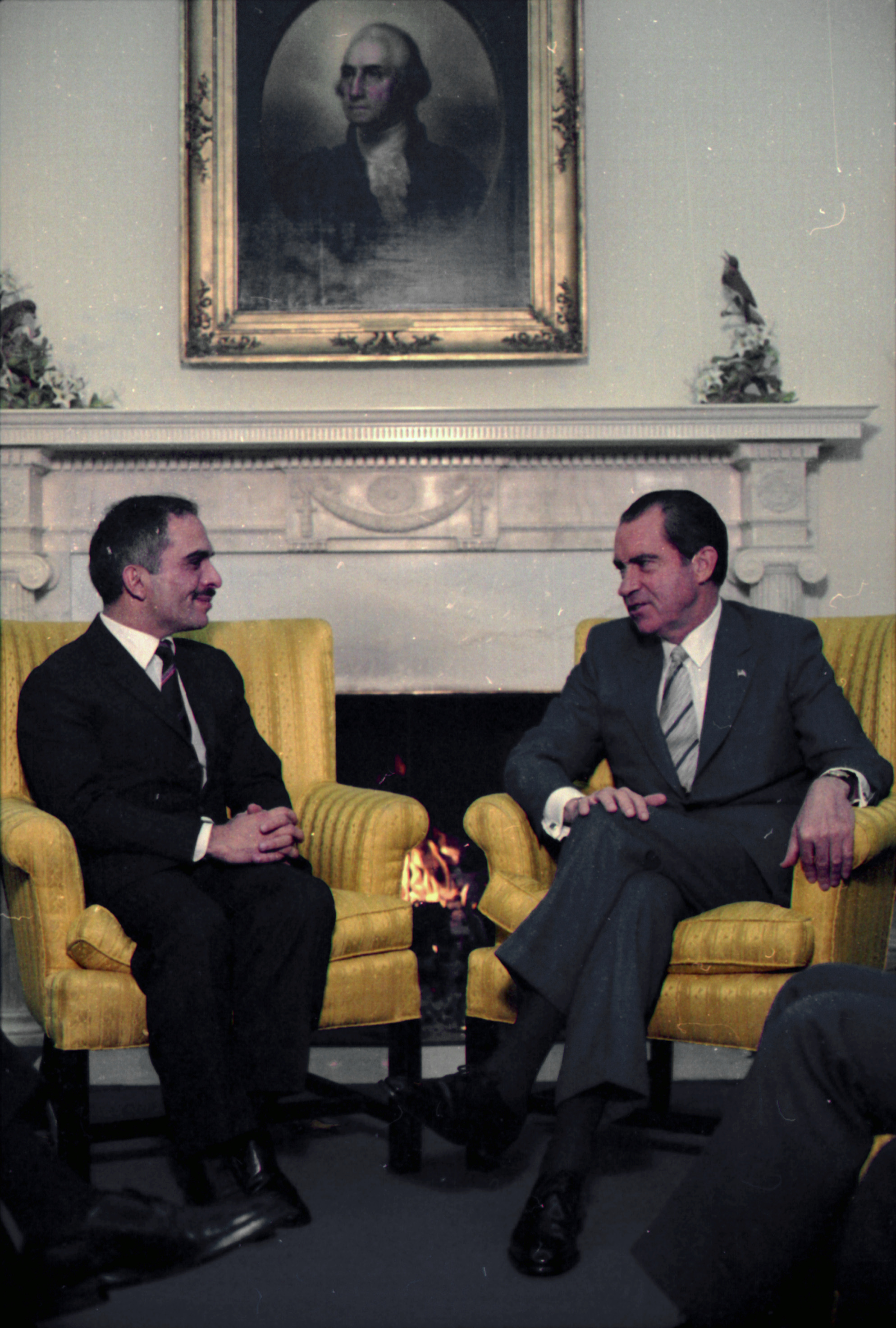 oval office fireplace. File:Meeting In The Oval Office Between Nixon And King Hussein Of Jordan. - Fireplace