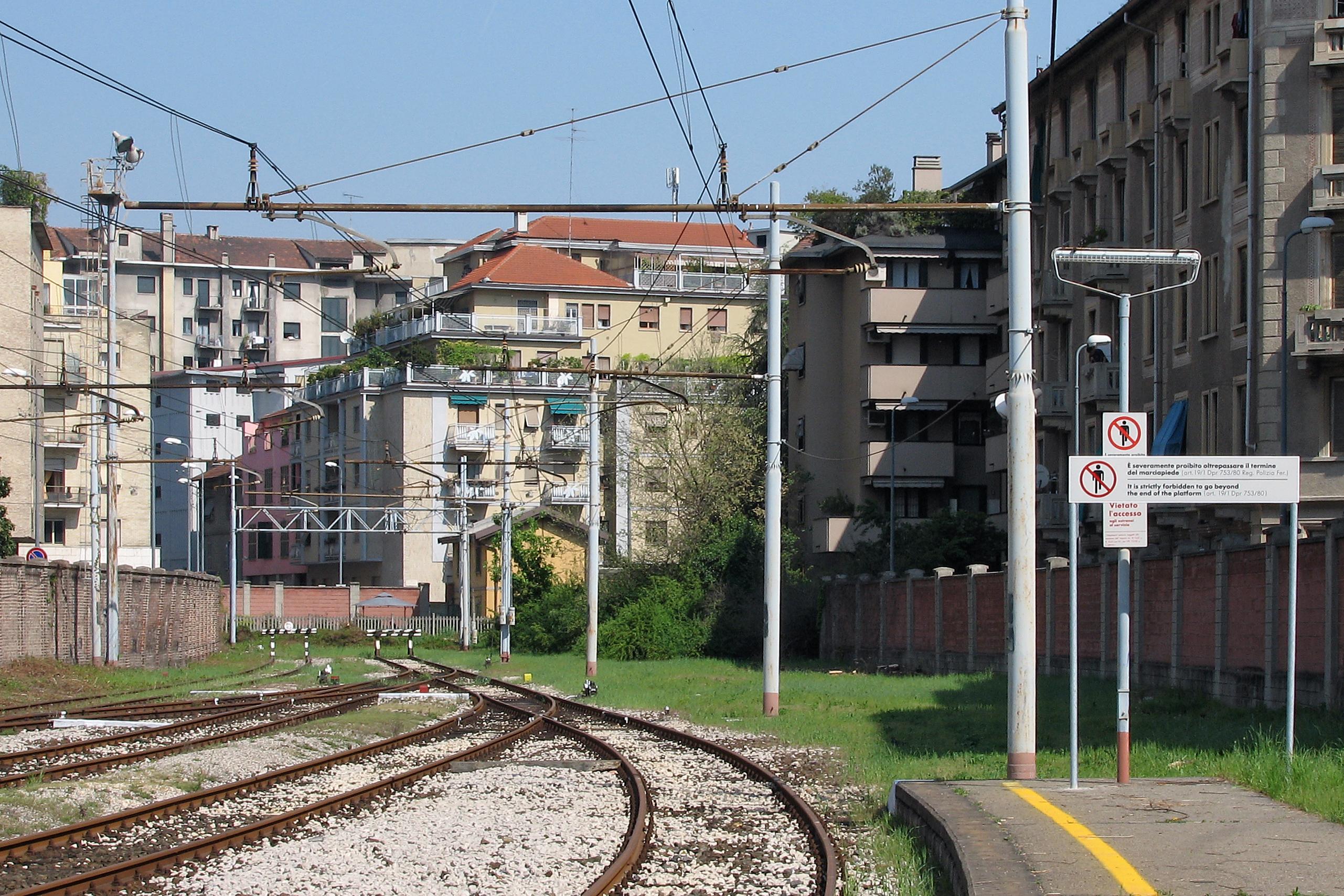 File milano porta genova 070414 wikimedia commons - Carabinieri porta genova milano ...