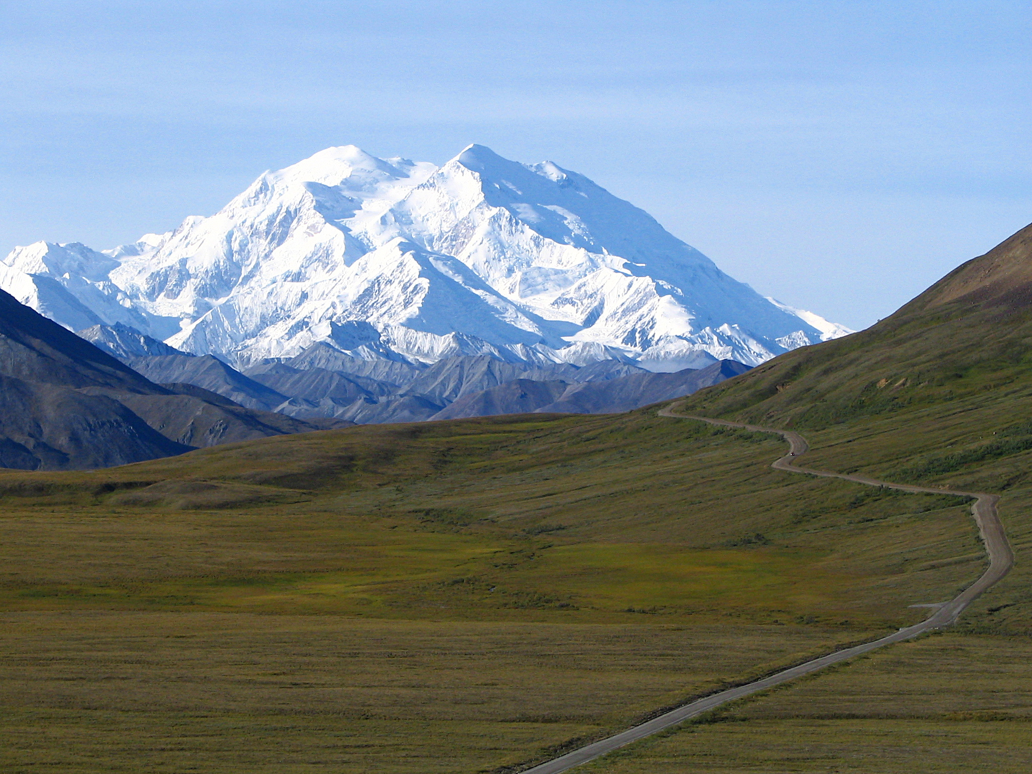 A picture of Denali, the tallest mountain in the United States