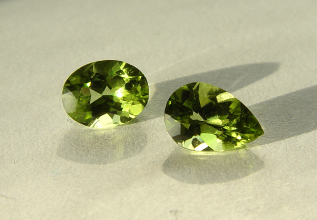 File:Peridot-China.jpg