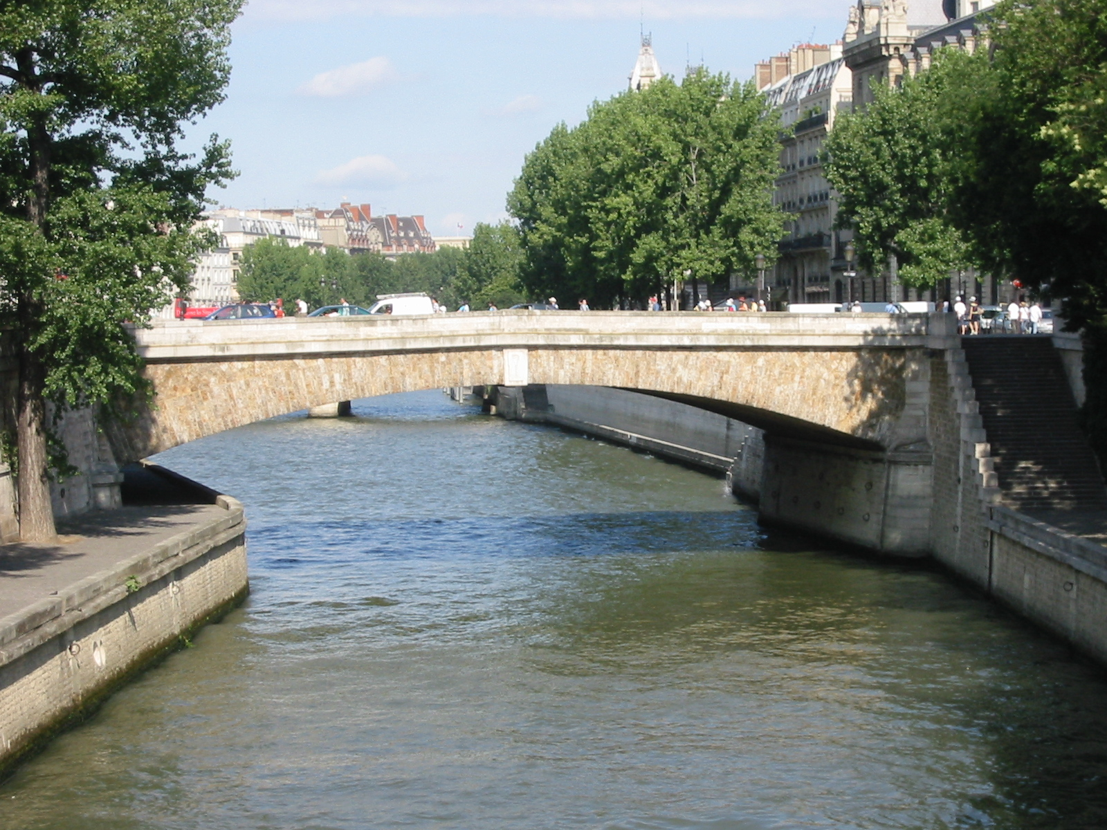 Petit pont wikipedia - Petit pont en bois ...