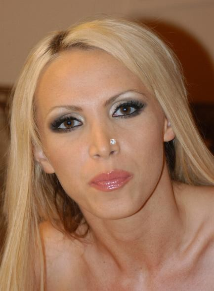 http://lukeisback.com/archives/updates/050717.htm :Subject: [[w:Pornographic actress-]] [[w:Nikki Benz-]]. [[Category:Porn stars-Be Uploaded with derivativeFX