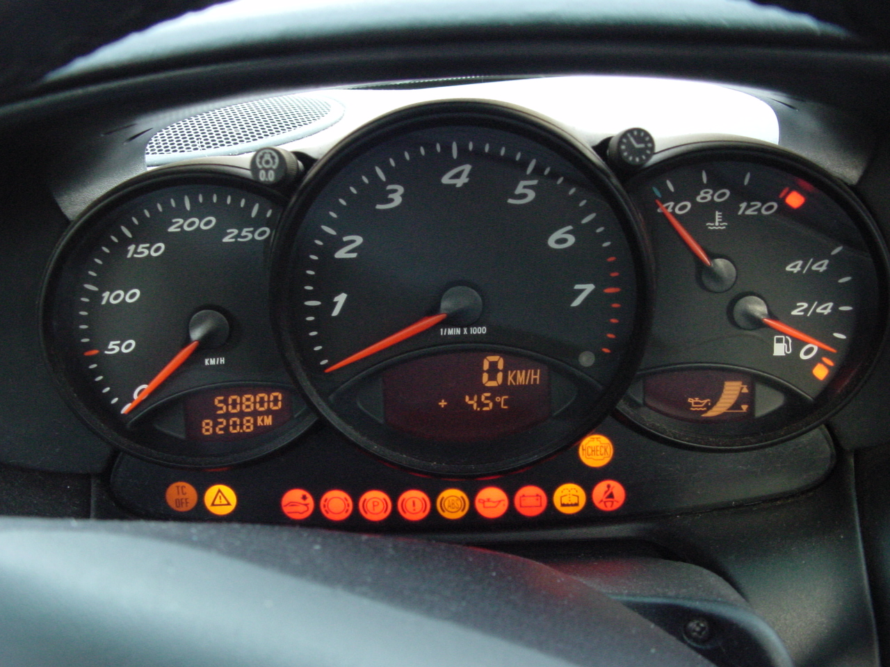 File Porsche 986 Boxster Gauges Jpg Wikimedia Commons
