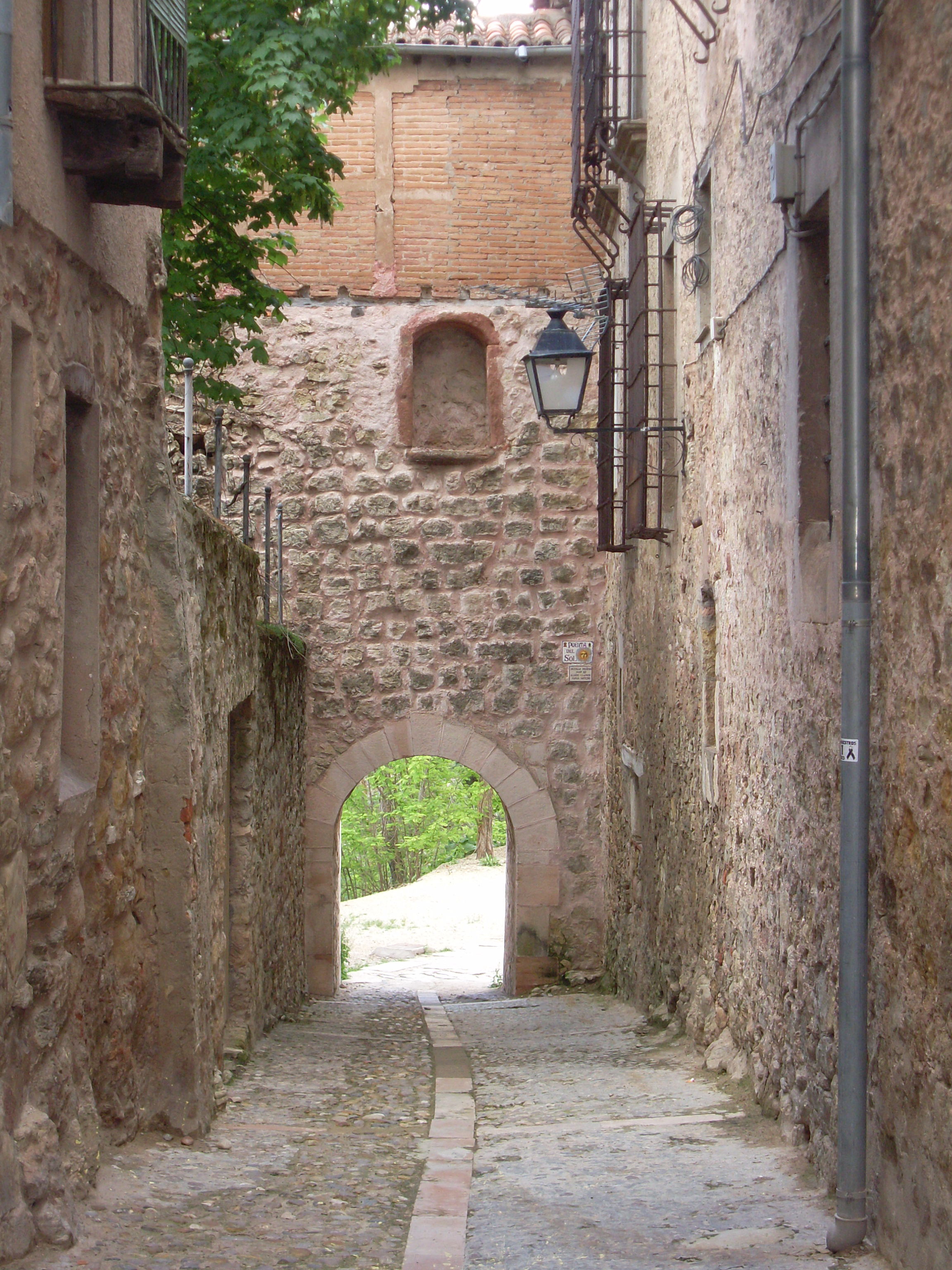 File puerta del sol de sig wikimedia commons for Puerta del sol 3