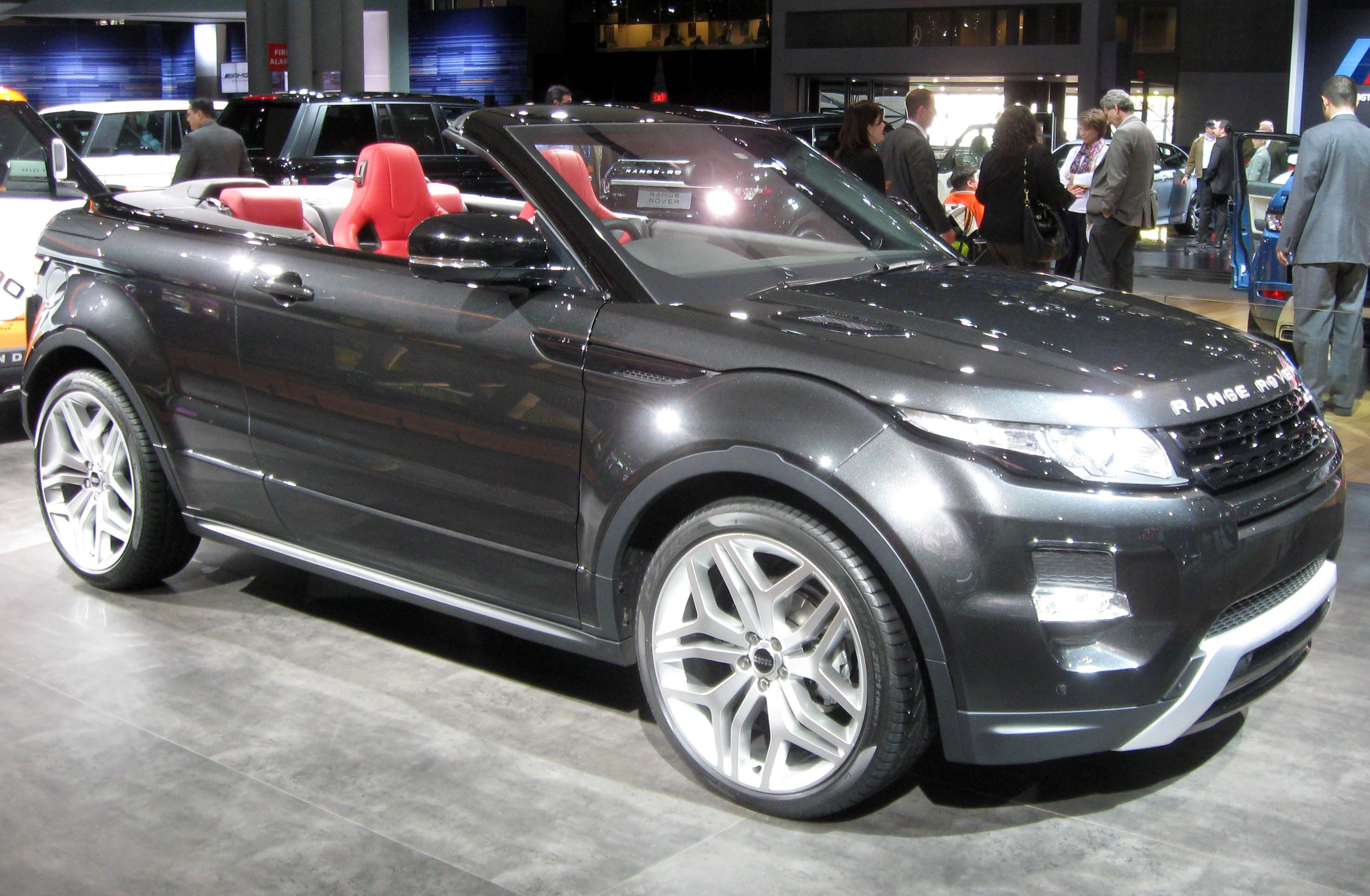 file range rover evoque convertible 2012 nyias jpg. Black Bedroom Furniture Sets. Home Design Ideas