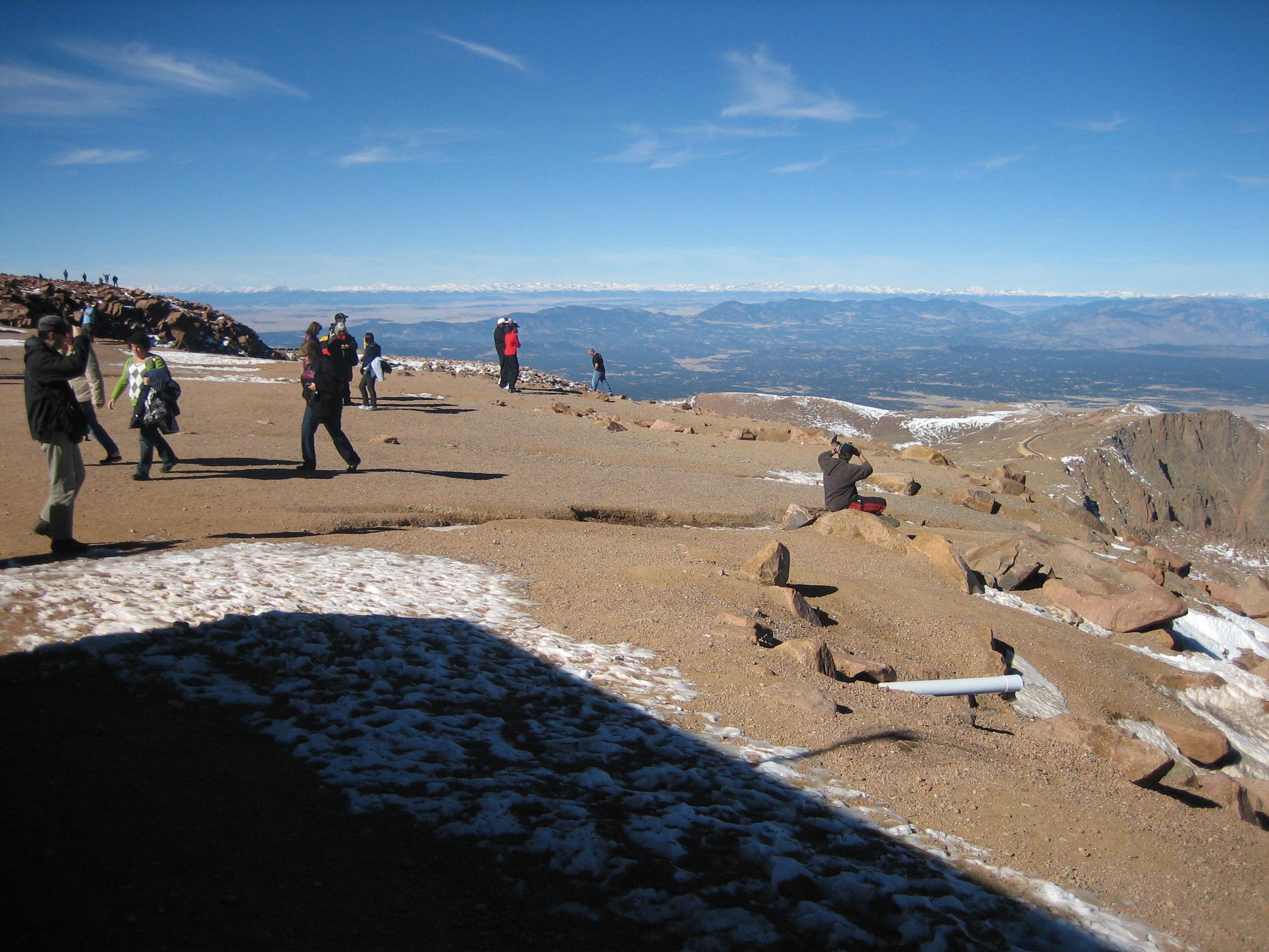 Description rocky mountains west of pikes peak jpg
