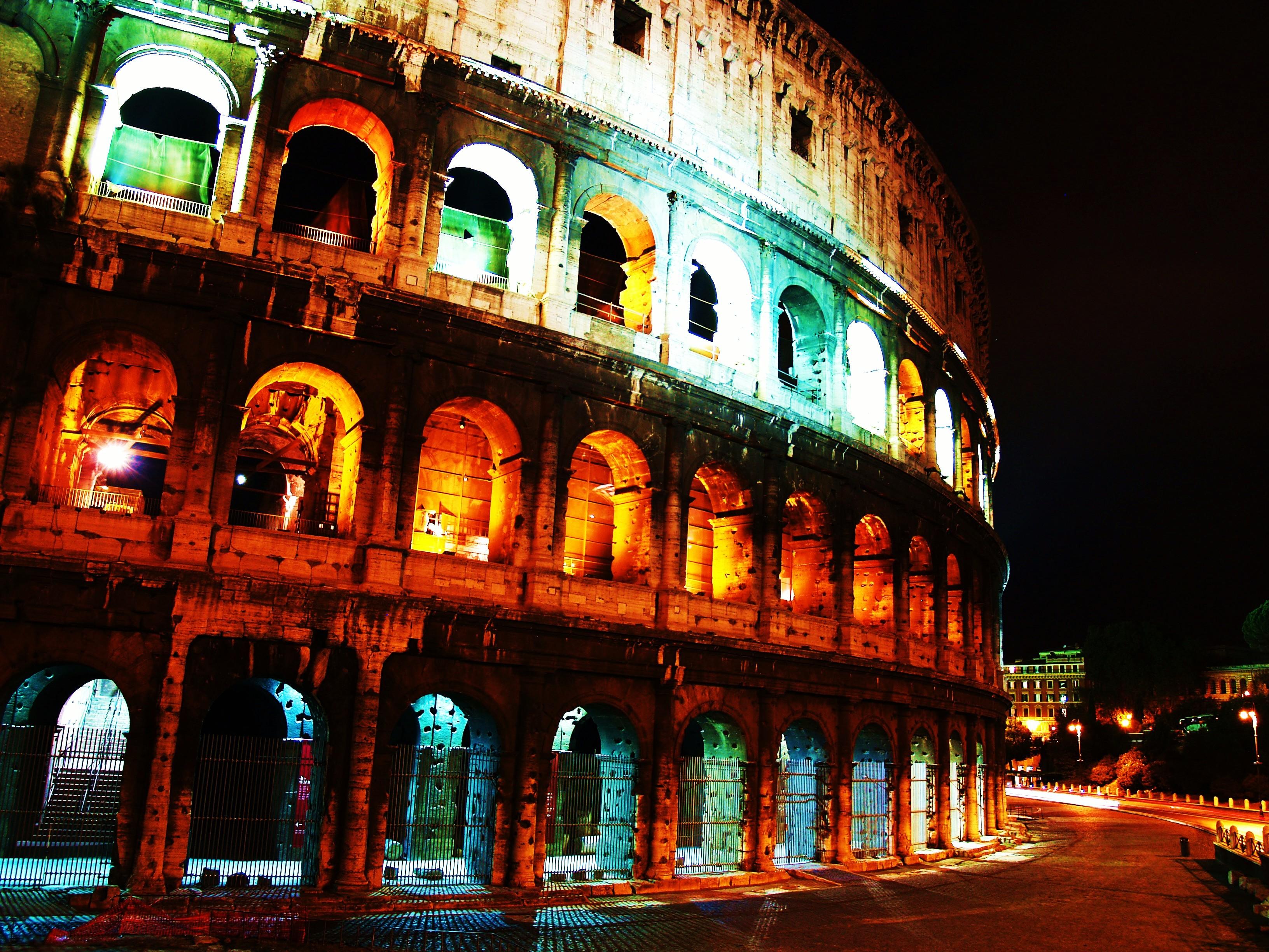 Good Wallpaper Night Colosseum - Roman_Coliseum  HD.JPG
