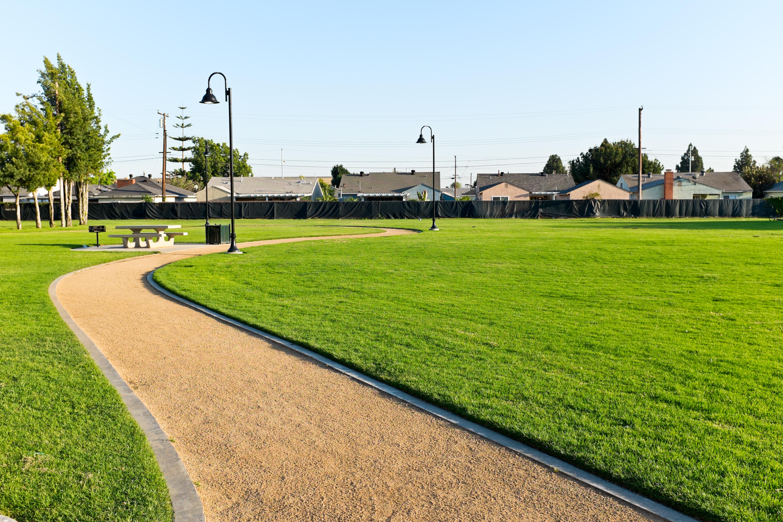 Filesara mendez park view norwalk californiag wikimedia filesara mendez park view norwalk californiag aiddatafo Gallery