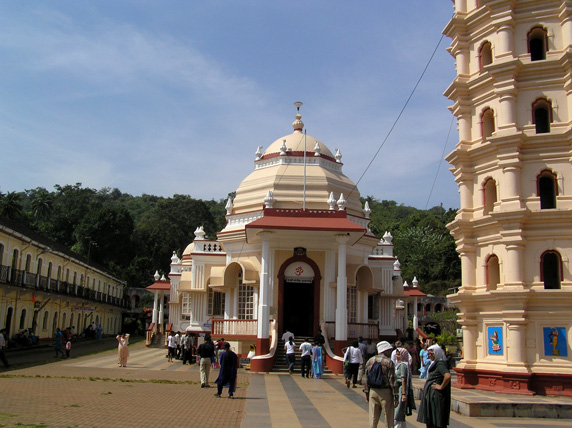 File:Shanta Durga temple1.jpg