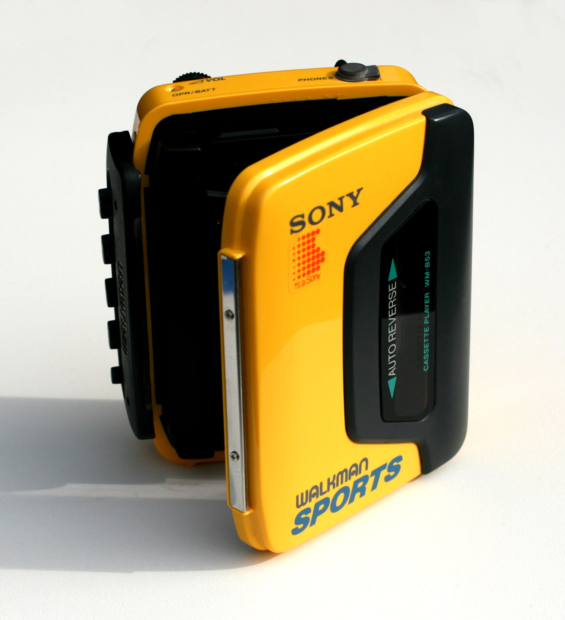 http://upload.wikimedia.org/wikipedia/commons/e/ed/Sony_Walkman02.jpg