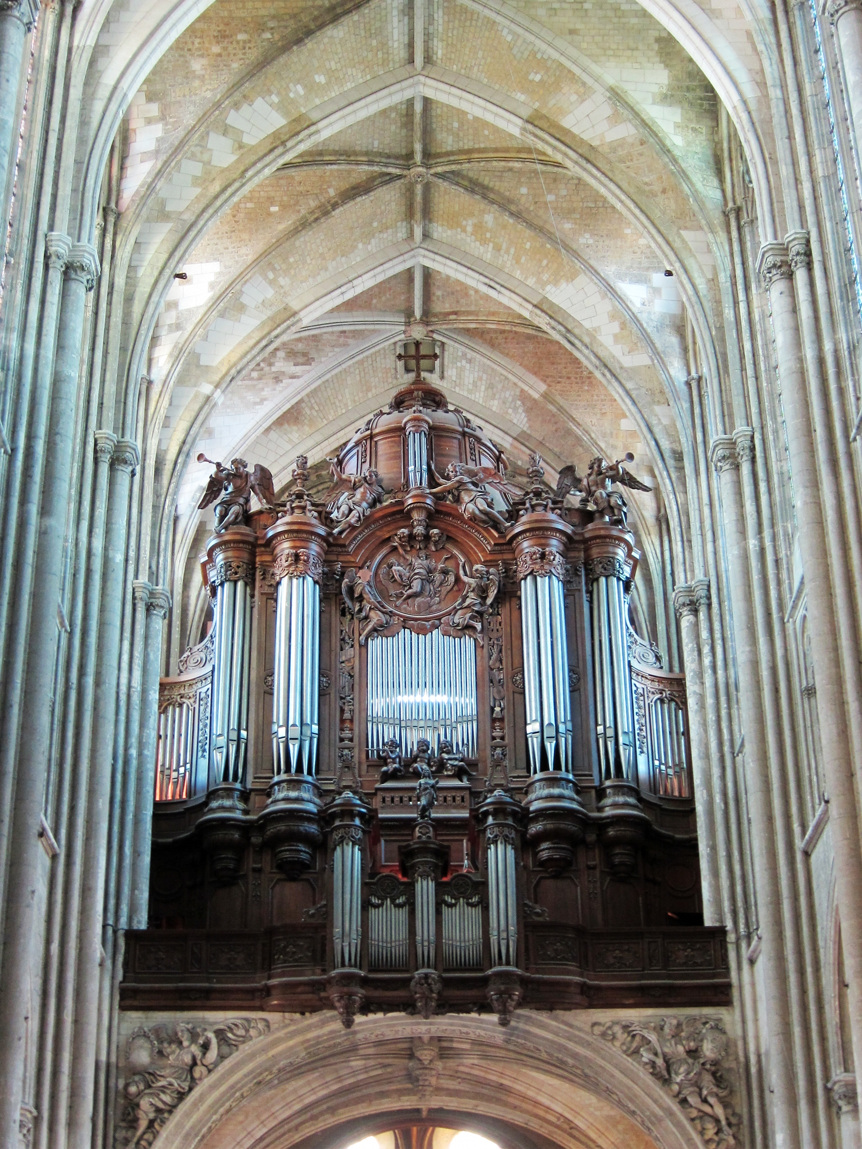 orgel van de basiliek van saint quentin wikipedia. Black Bedroom Furniture Sets. Home Design Ideas