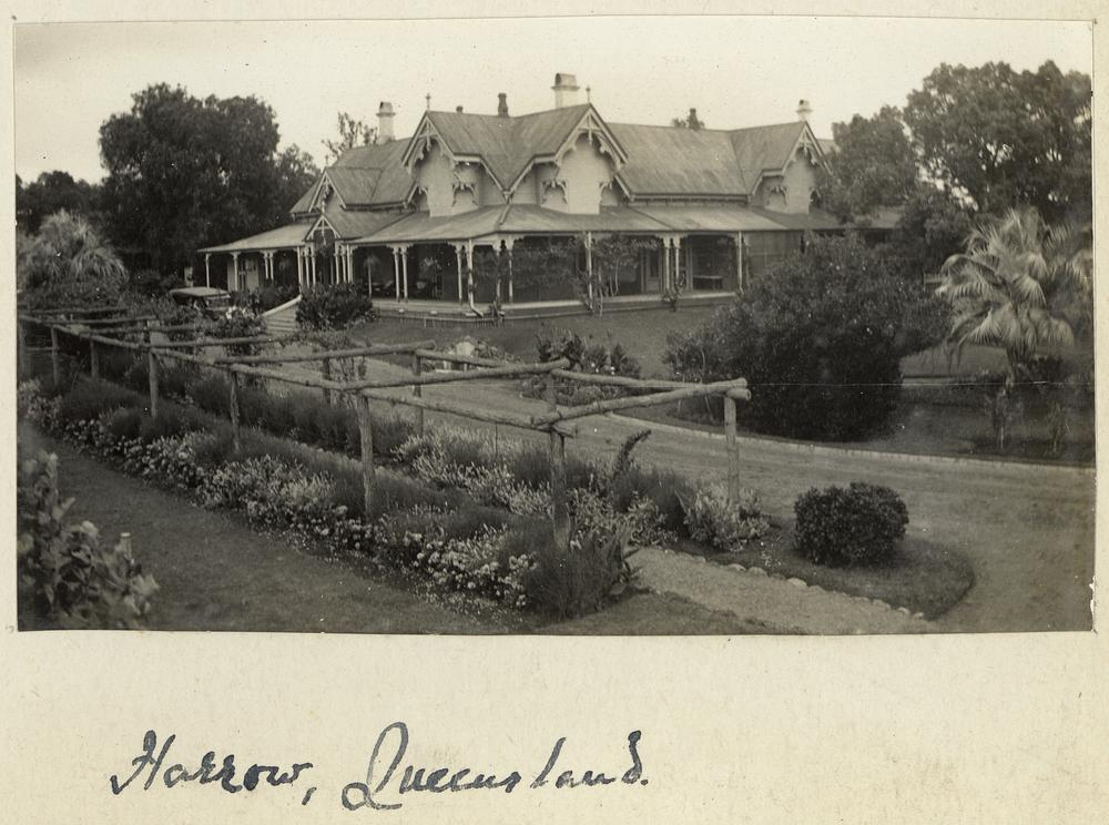 external image StateLibQld_2_232987_Harrow_homestead_outside_Toowoomba,_Darling_Downs,_Queensland.jpg