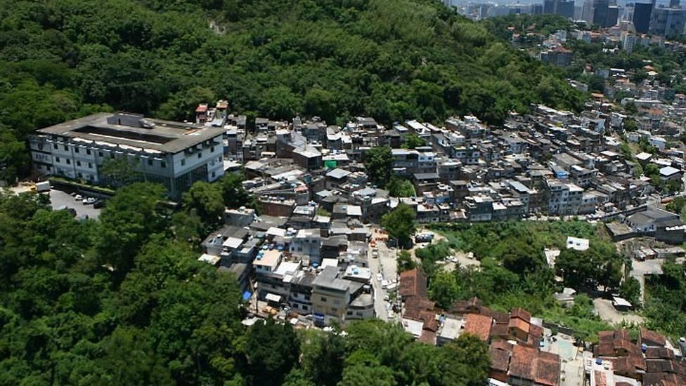 tavares bastos  favela   u2013 wikip u00e9dia  a enciclop u00e9dia livre