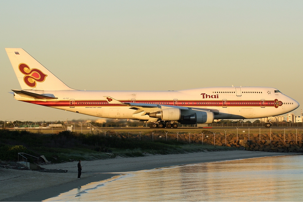 Boeing 747 Thai Airways File:thai Airways Intl Boeing