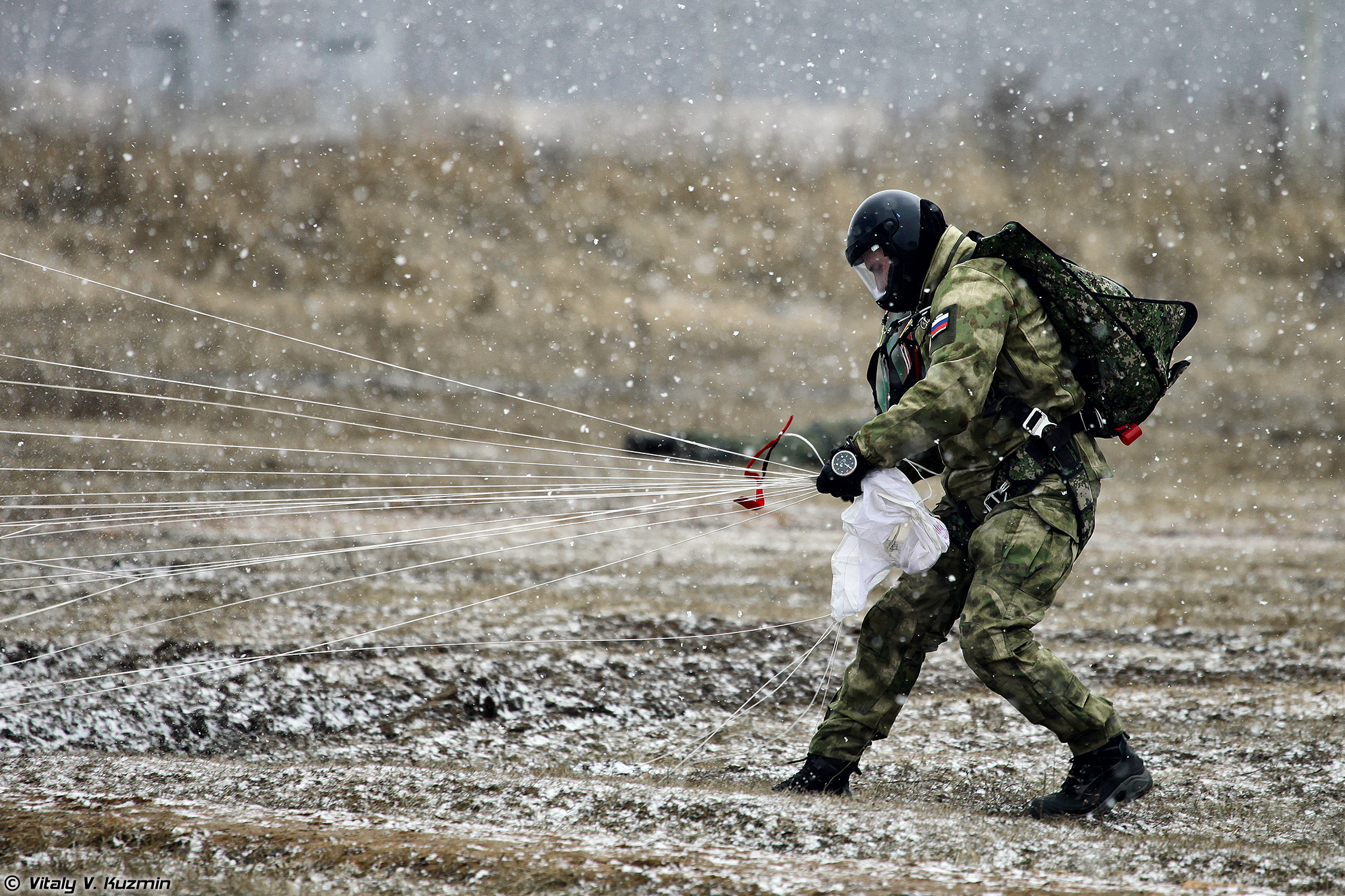 A Russian 604th TsSN Operator With Stayer Parachute System