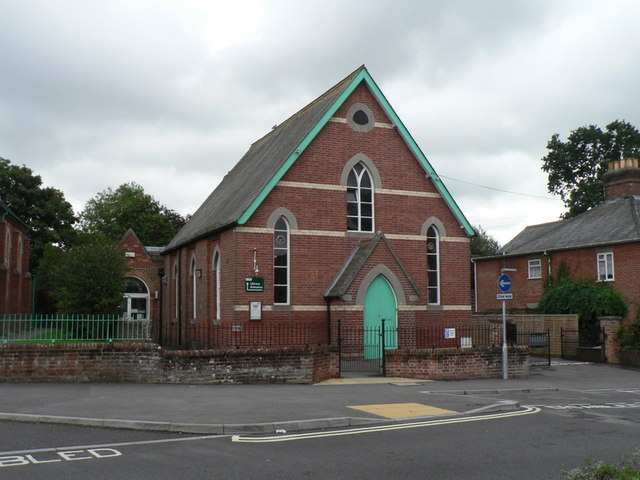 File:Verwood, library - geograph.org.uk - 953580.jpg
