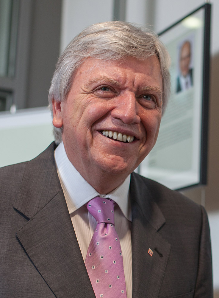 Volker Bouffier Größe