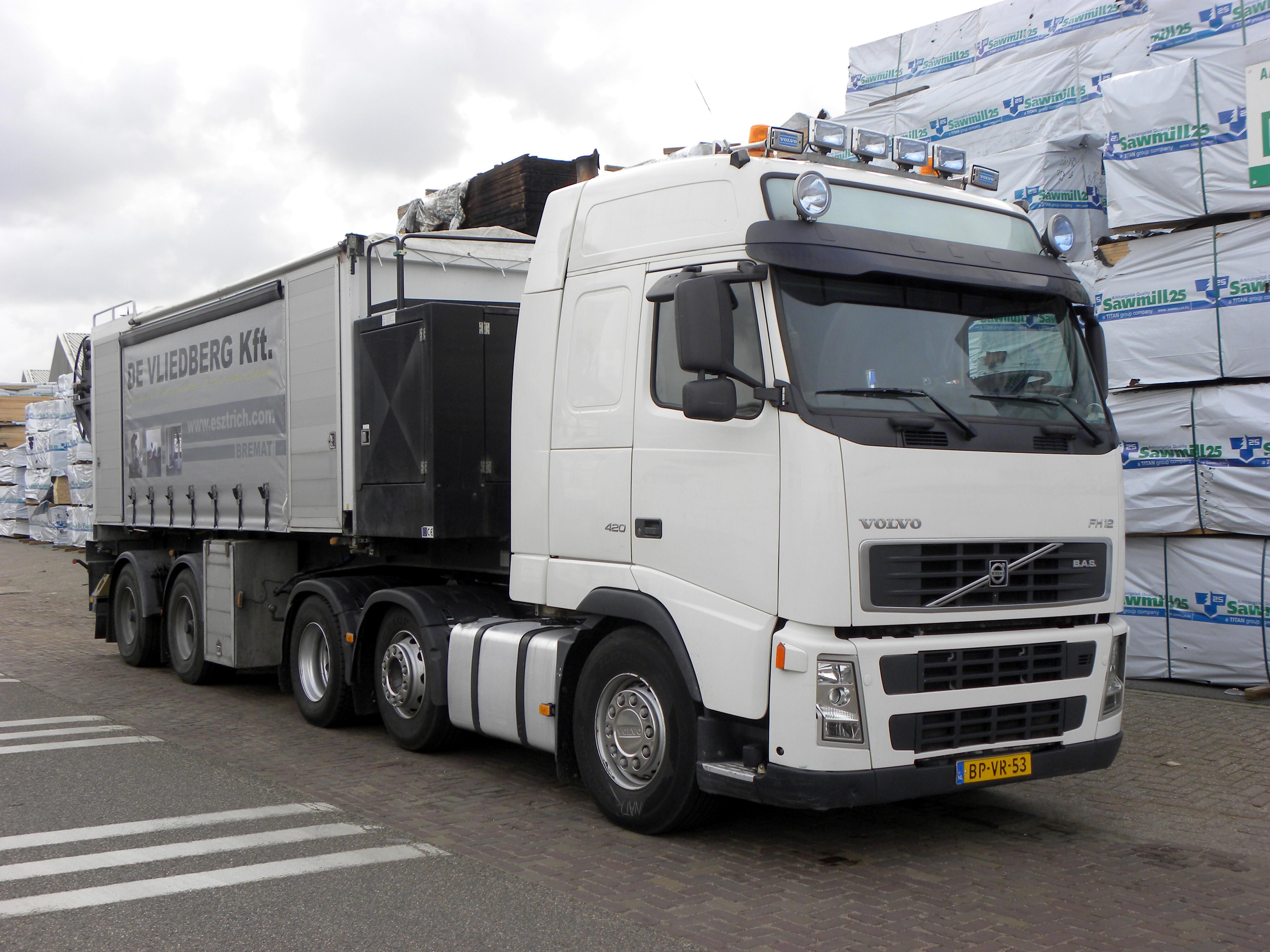 File:Volvo FH 12 420 de Vliedberg kft. - Flickr - Joost J ...