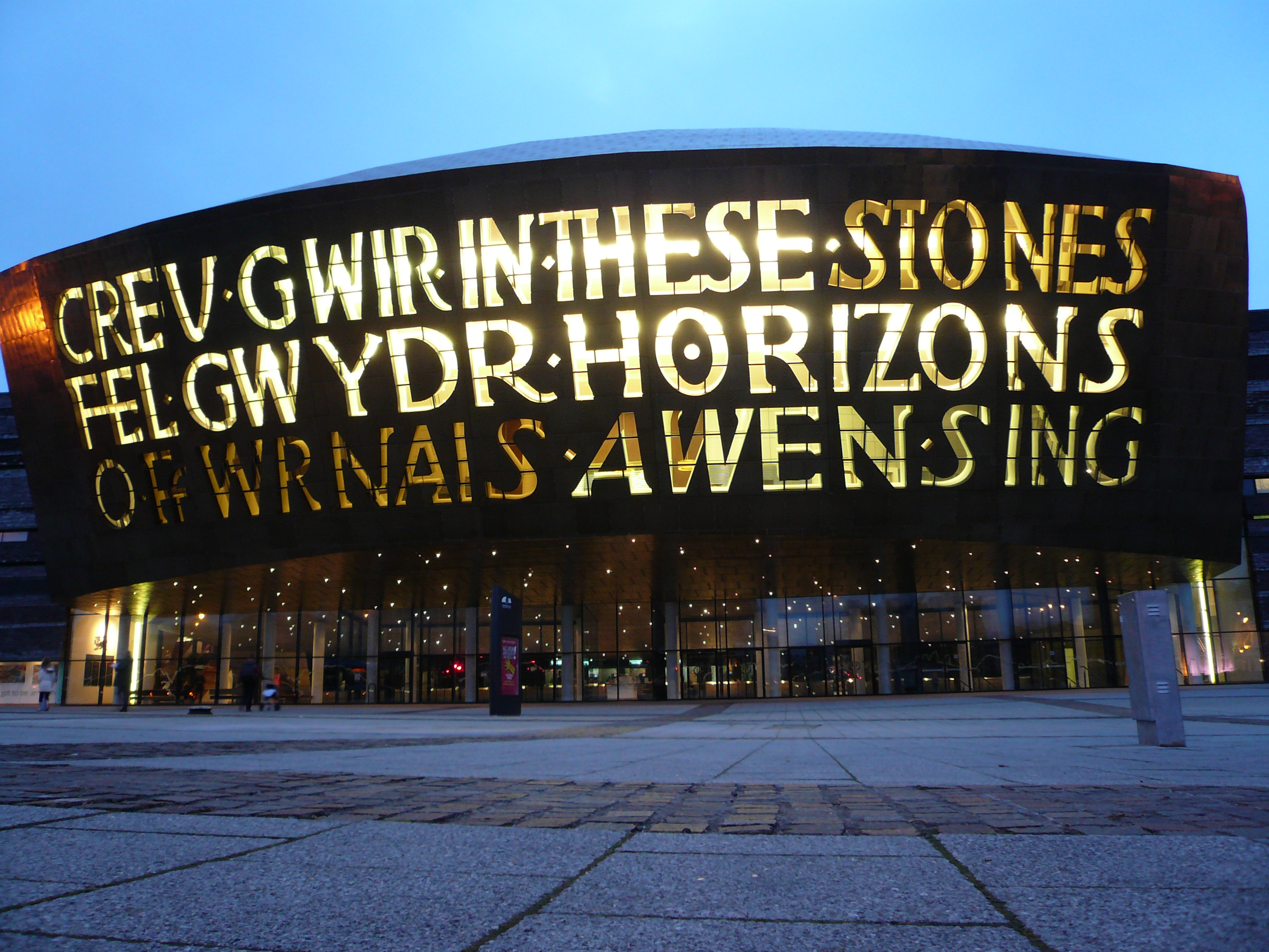 Top 10 things to do in Cardiff. | Wales by the Welsh
