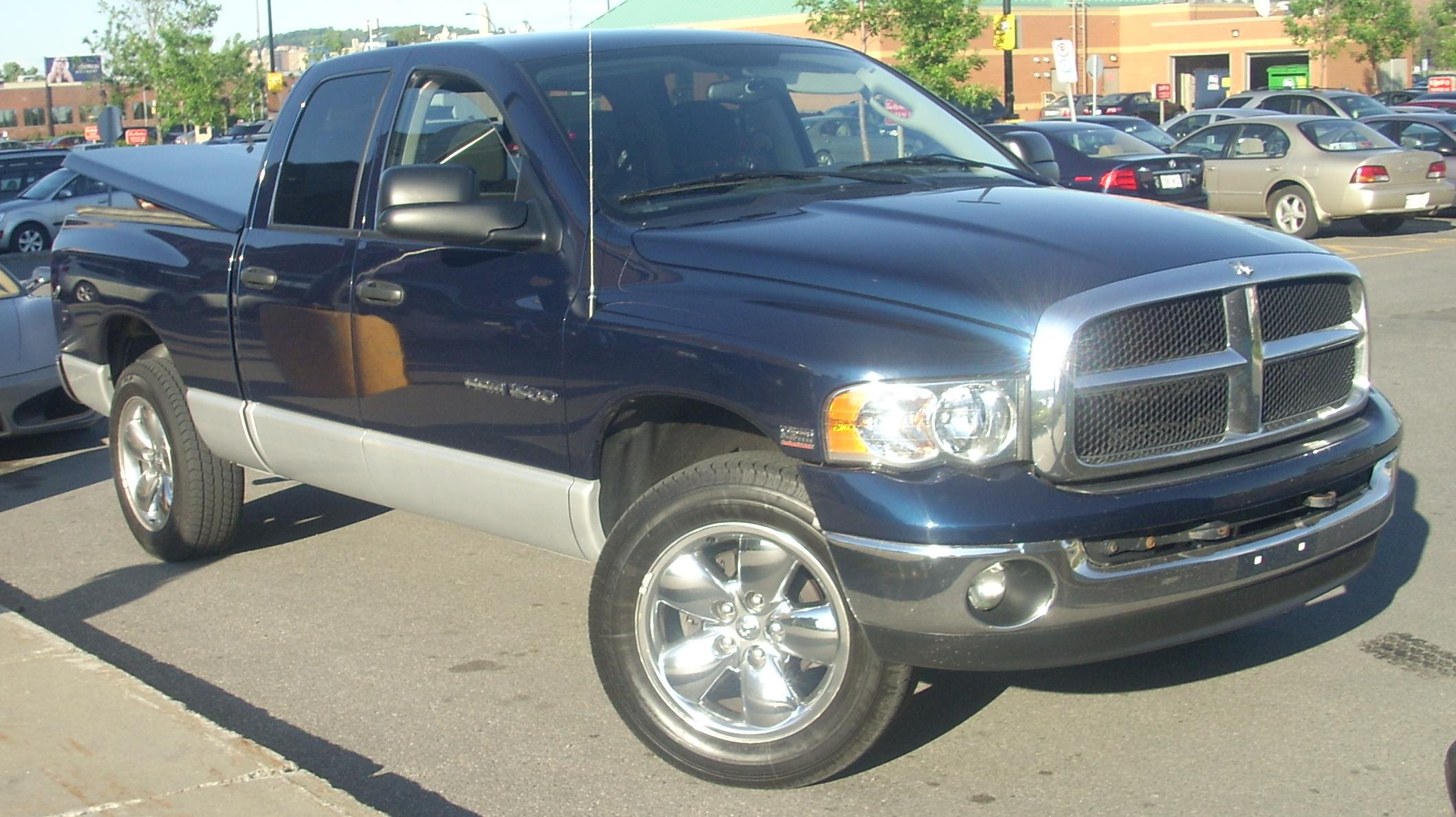 file 39 04 39 05 dodge ram 1500 crew cab jpg wikimedia commons. Black Bedroom Furniture Sets. Home Design Ideas