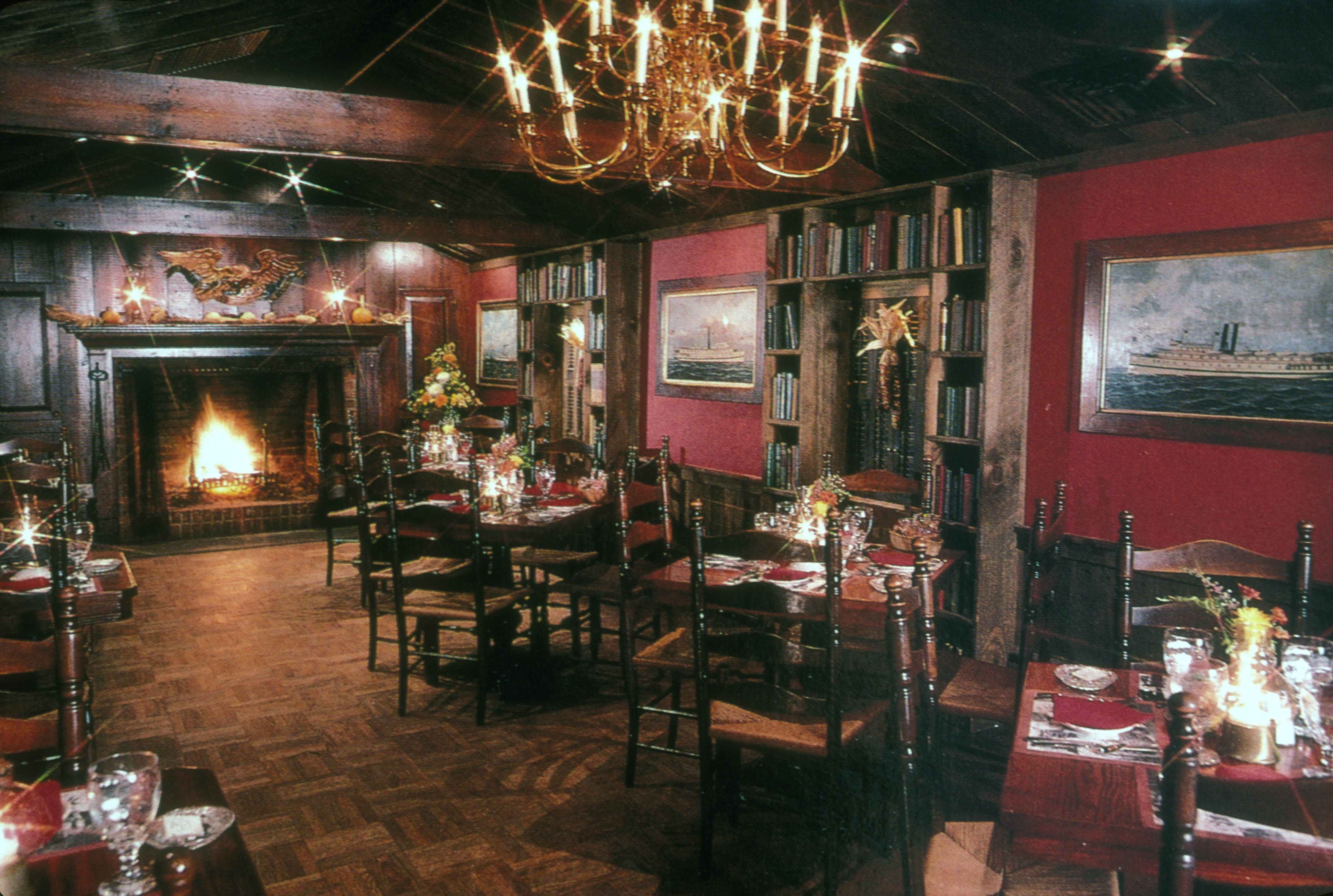 File 189interior Of The Griswold Inn Essex Ct Jpg