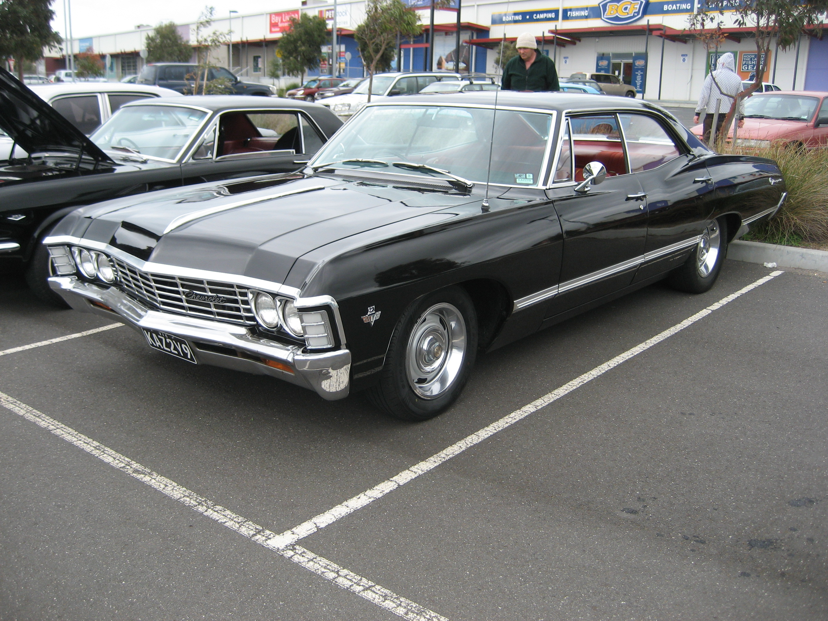 Description 1967 Chevrolet Impala 4 door Hardtop.jpg