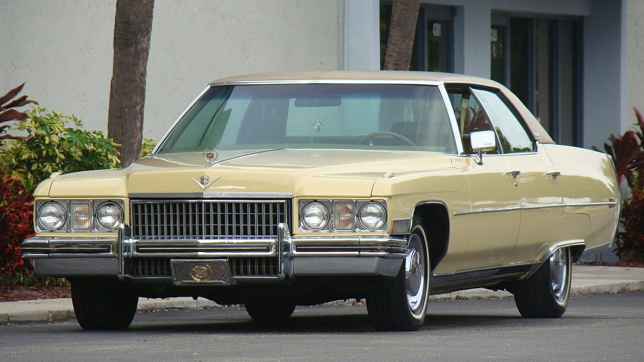 1973_Cadillac_Sedan_Deville.jpg